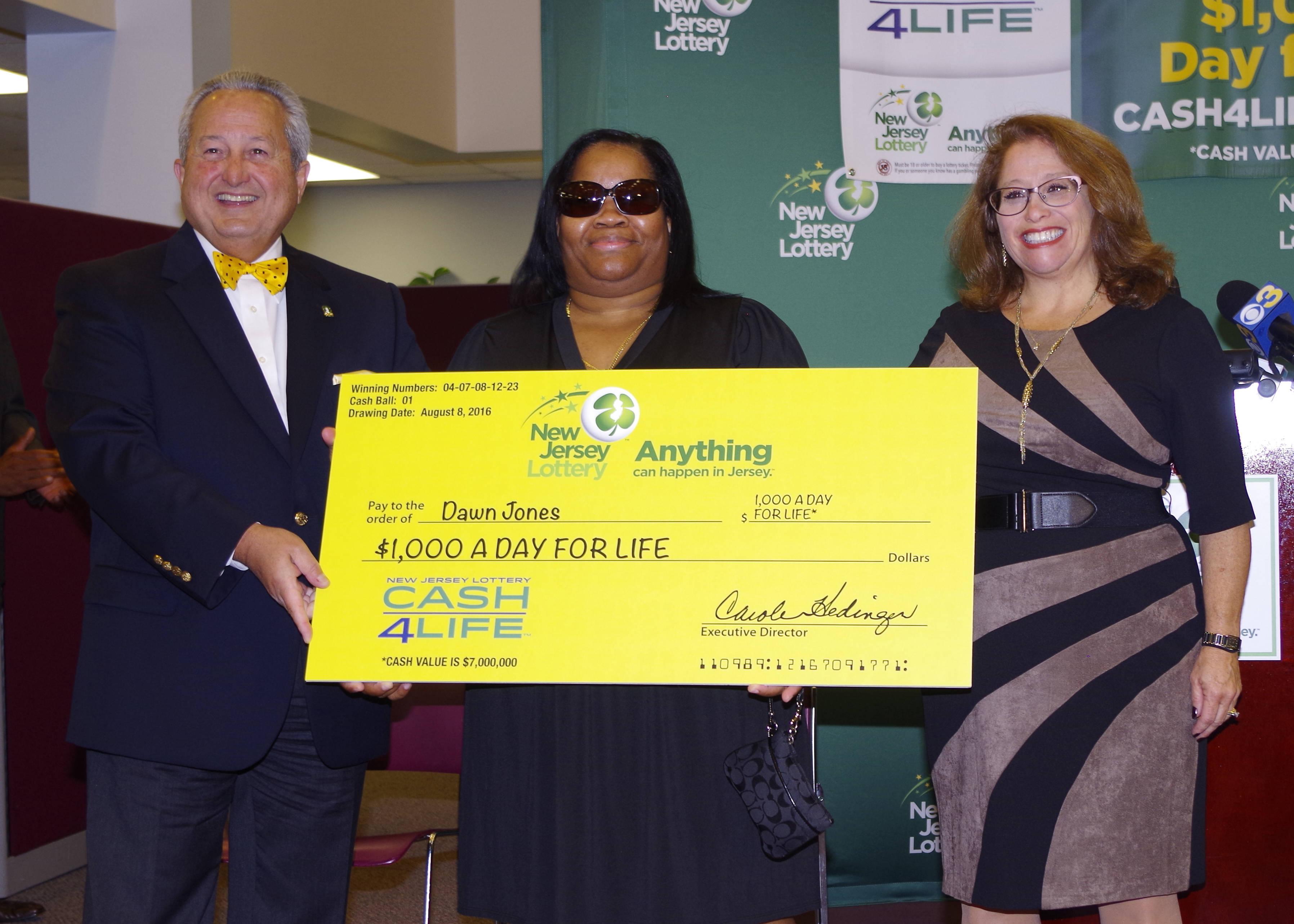 Trenton Nurse, Mother Of 2 Wins Cash-4-Life Lottery