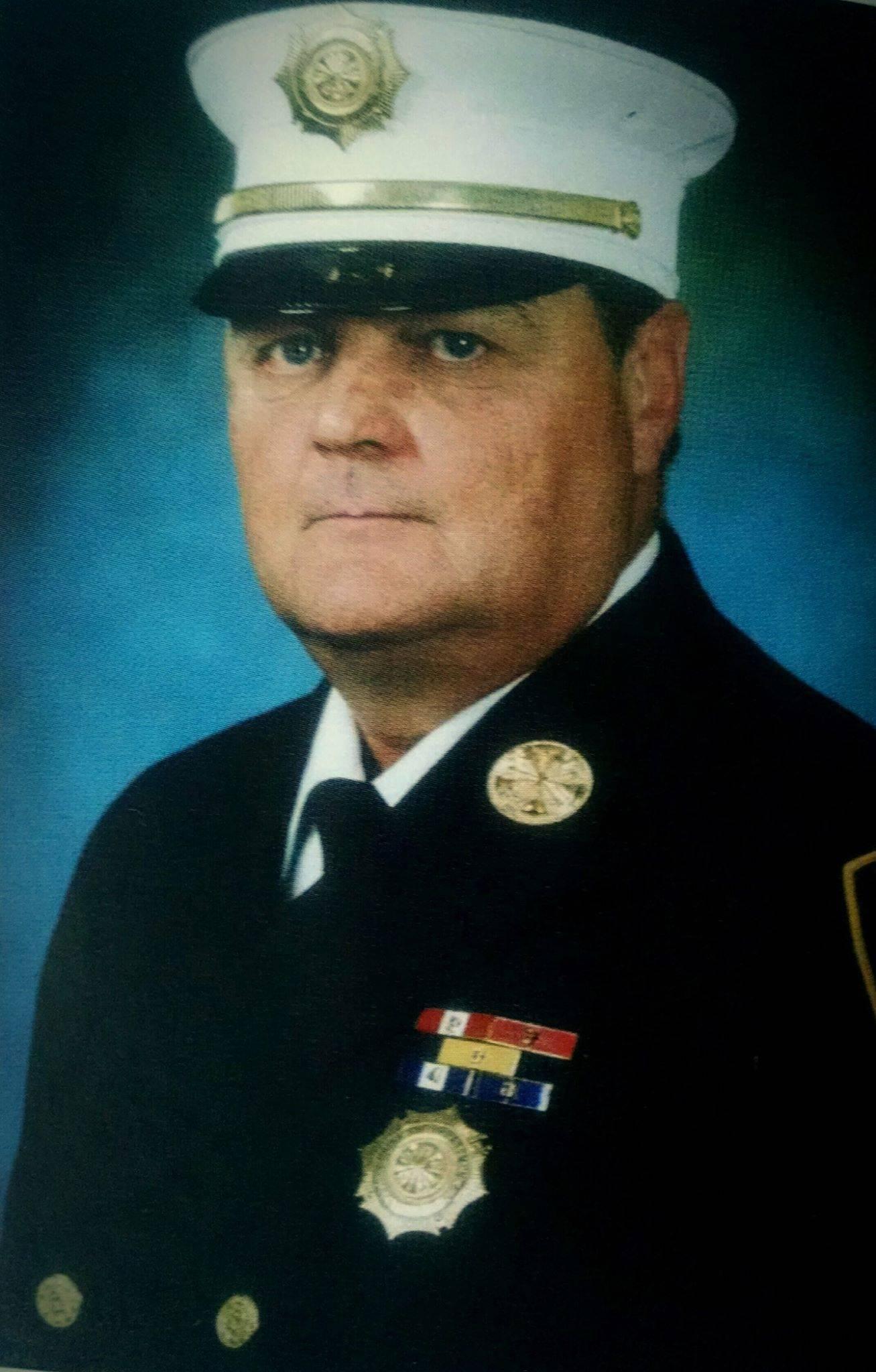 07c6b42d855b7830bfea_Retired_Chief_Louis_Kelly.jpg