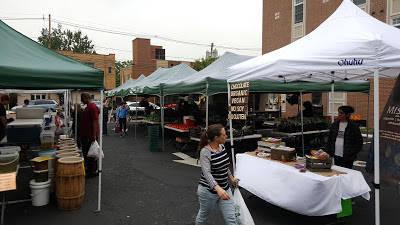 09a005f598b63012f9d5_maplewood_farmers_market.jpg