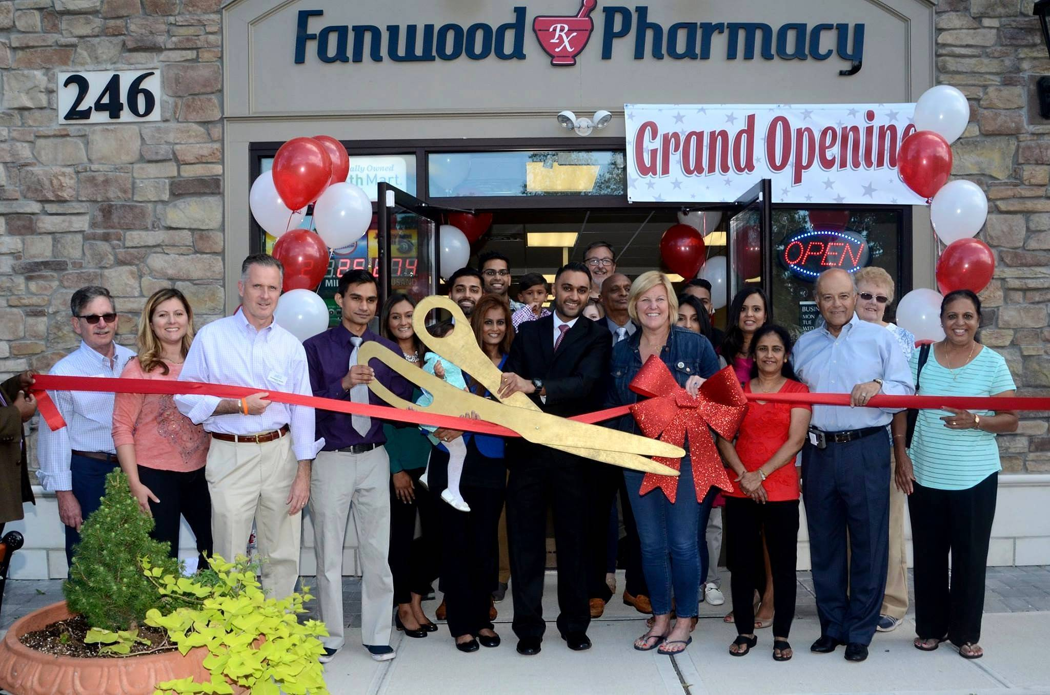 0b21c5d6cad18024d262_Fanwood_Pharmacy_ribbon_cutting_photo.jpg