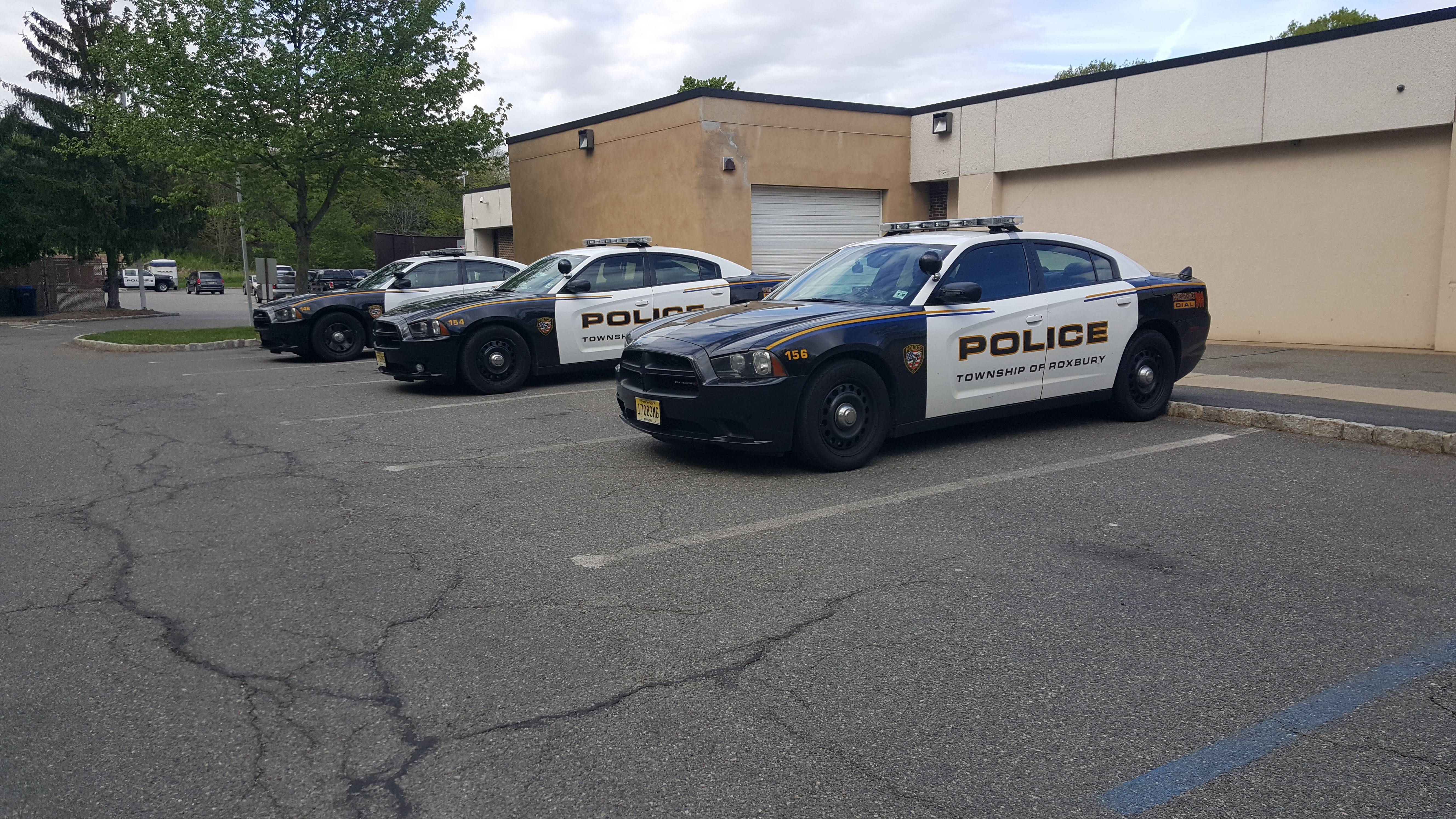 0c22b5ae1b253e73c98b_1626213a786befb31e94_roxbury_police_cars.jpg