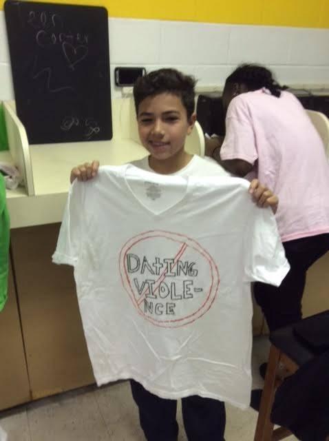 1150ea1df901f6b51d2b_tee_shirt_8.jpg