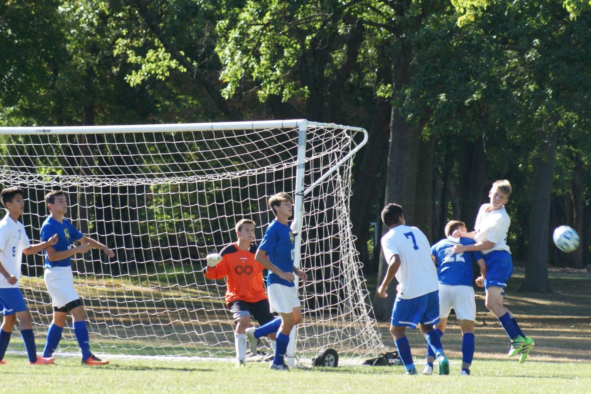 1181311c87fdbad8d49f_soccer.jpg