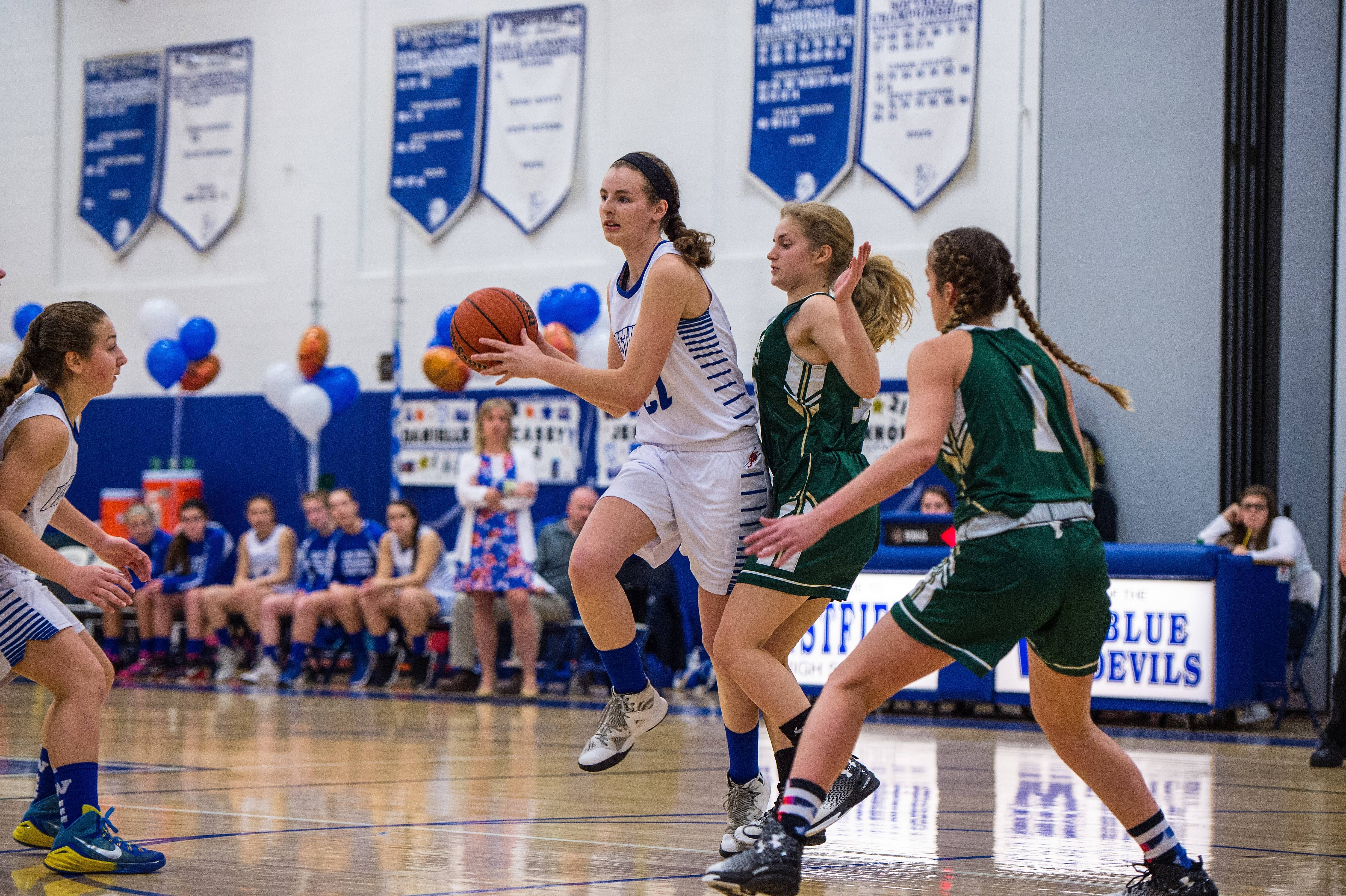 16862a80b5011f2f3e5c_new_providence_girls_basketball.jpg