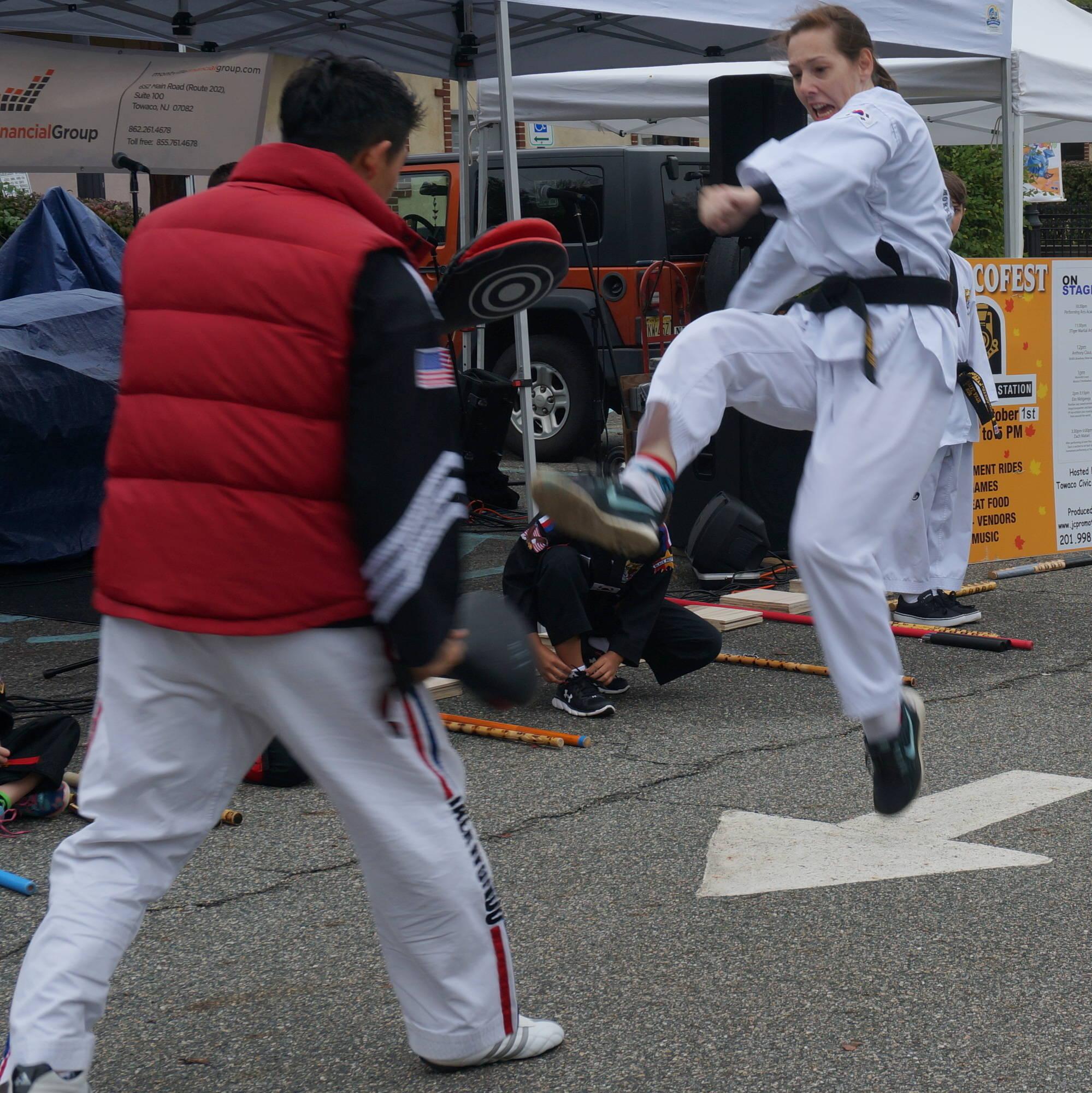 1785cb0a92f02db196e9_a_martial_arts_7.JPG