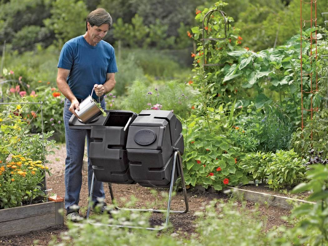Tumbler Composters Are Great For Small Spaces And Make Loading, Unloading  And Turning Much Easier. Credits: Gardeners Supply Company