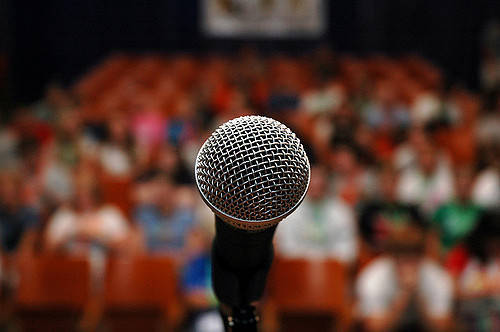 17cd3fc790c19ba6a26d_microphone.jpg