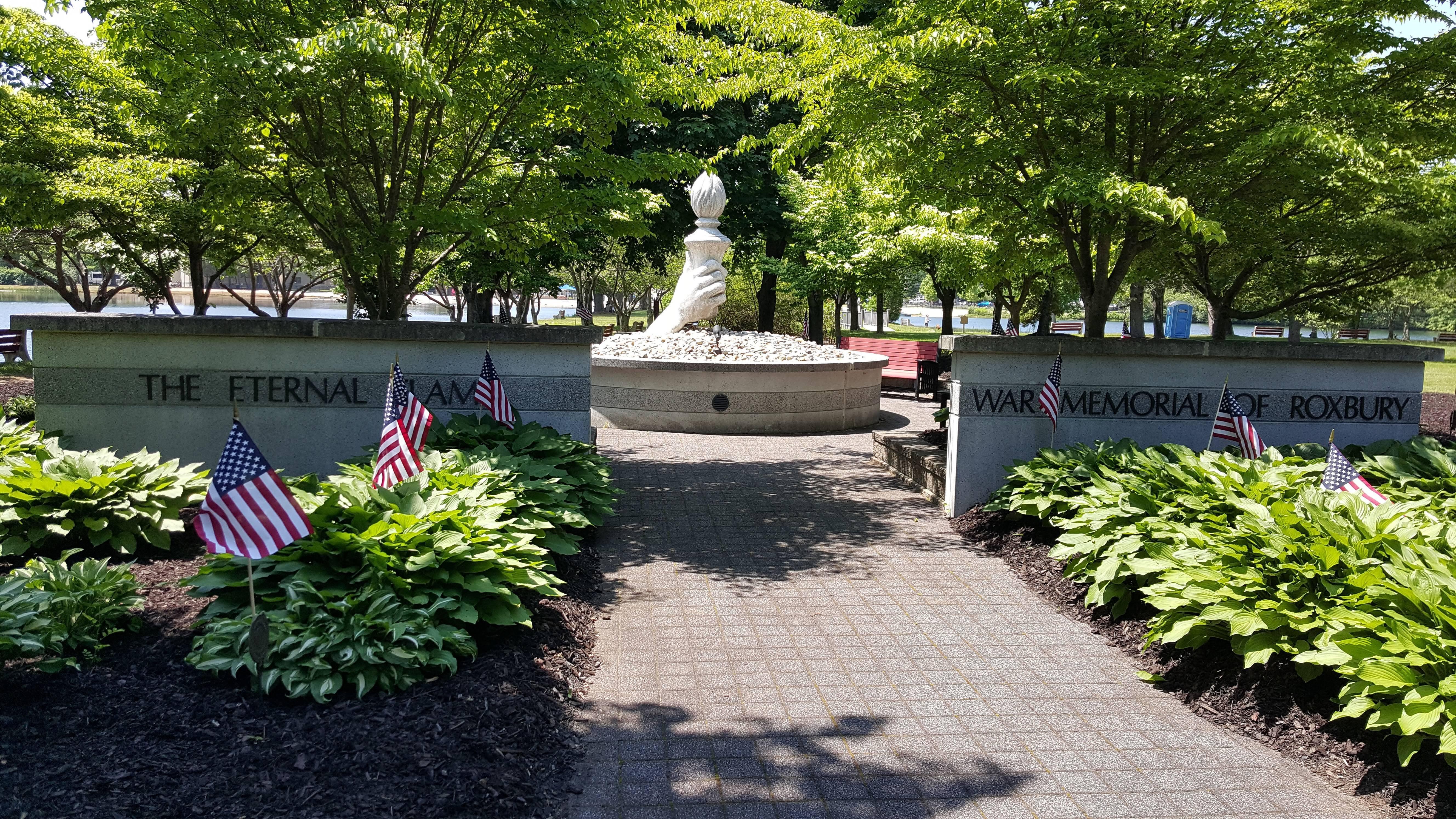 1c59e54a3b5995f8ceb7_war_memorial.jpg