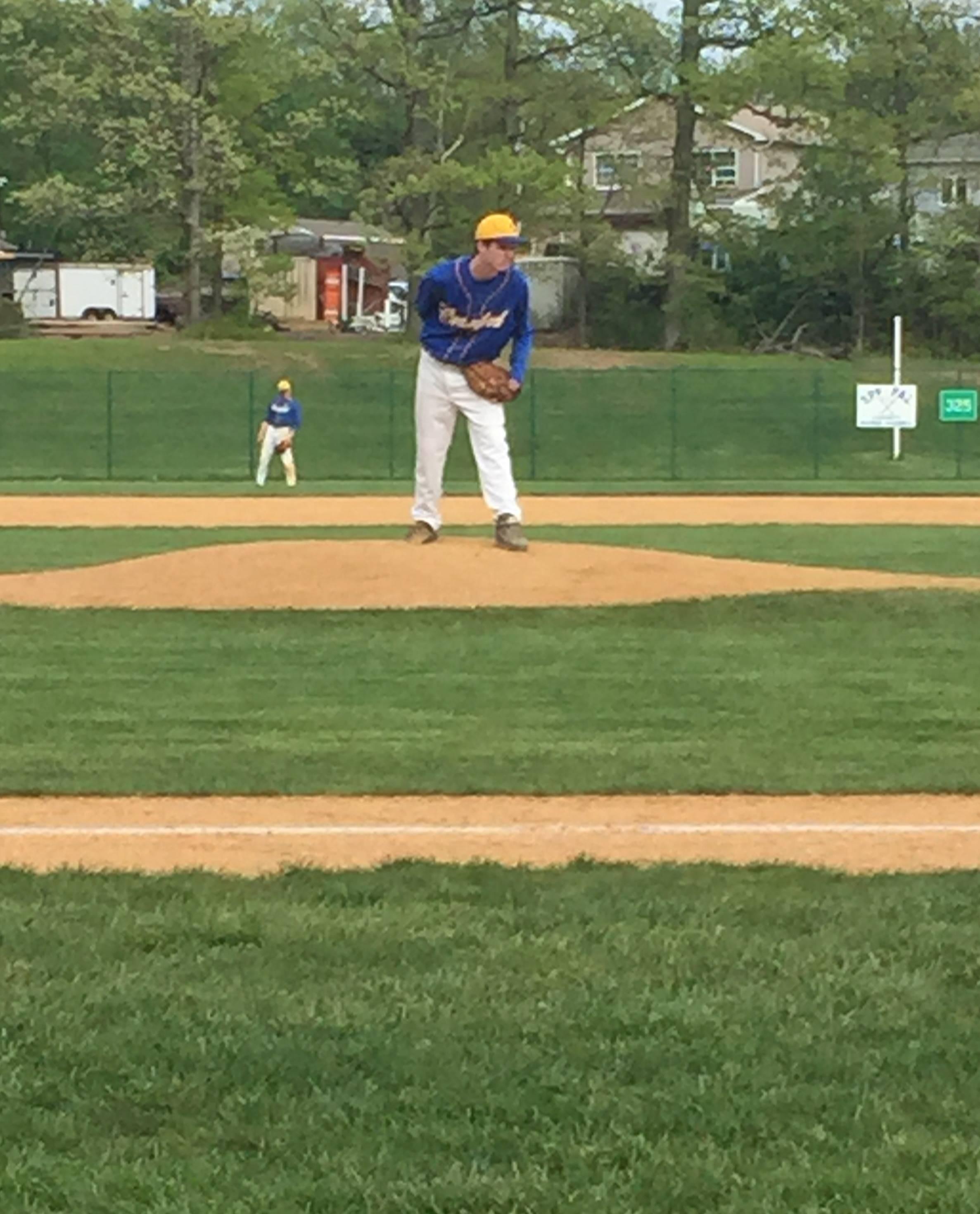 1cd86cb4920fd96af12d_Cranford_pitcher.JPG