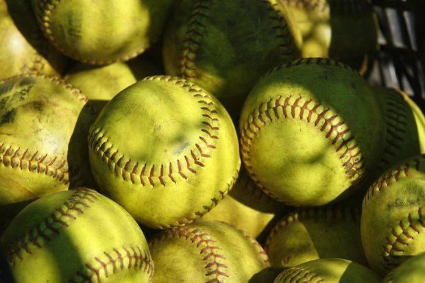 2964437d6ced59b0ad87_softballs.jpg