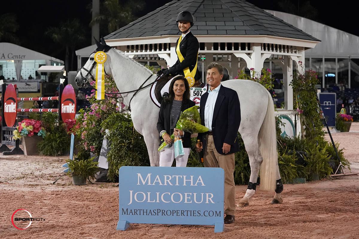 30042c33461f96da5e4d_Georgina-Bloomberg-Leading-Lady-Rider-pres-32007243-Sportfot.JPG