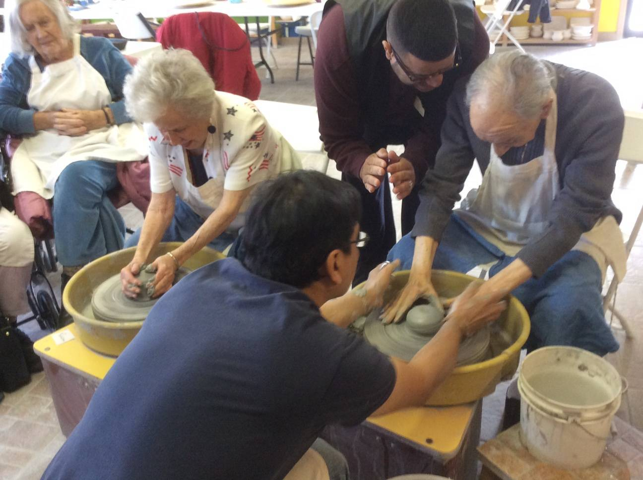 New Jersey Seniors Try Their Hand At Pottery