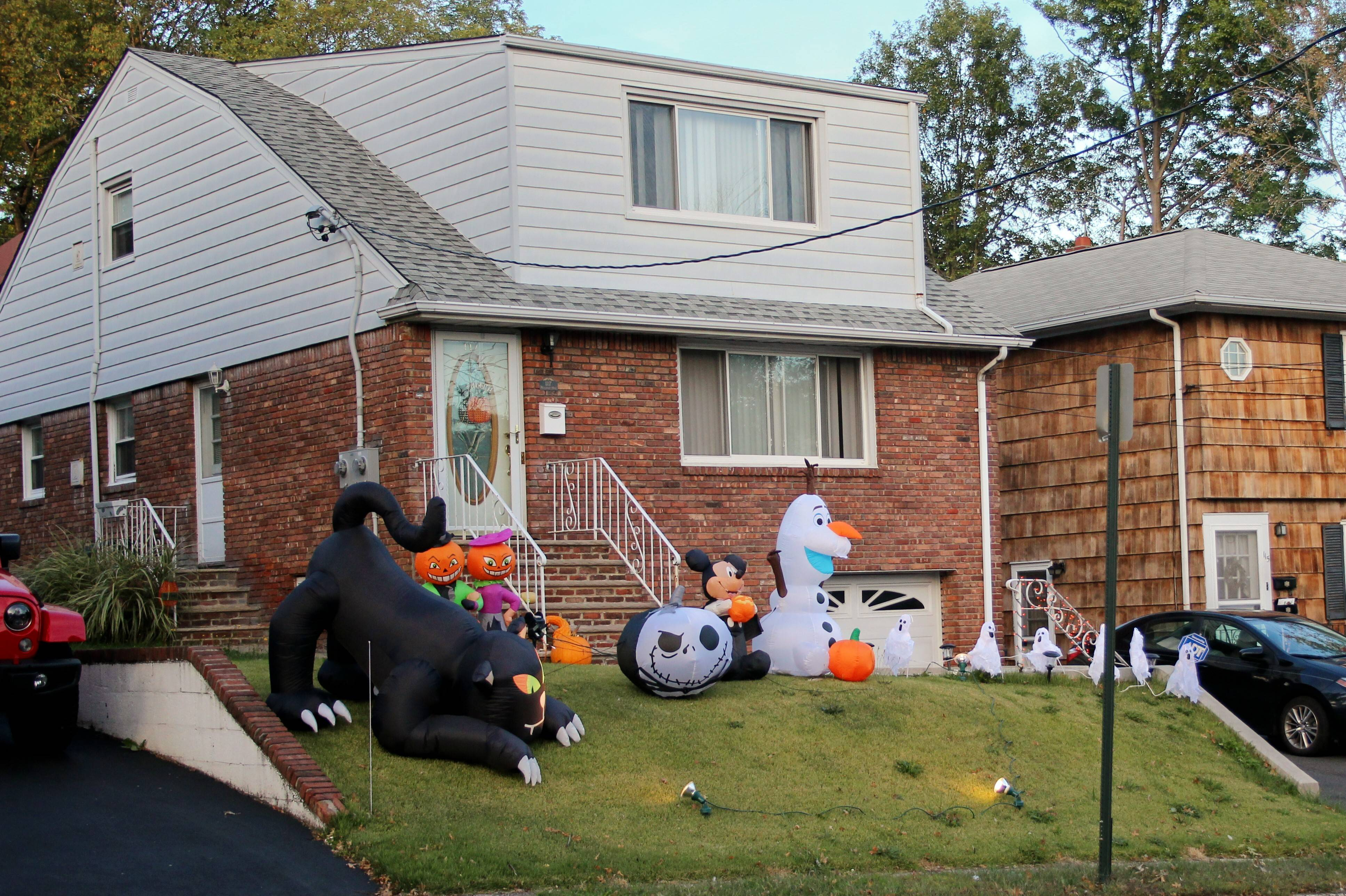 Photo of the Day: Early Halloween Party on Hoover Ave - Bloomfield ...