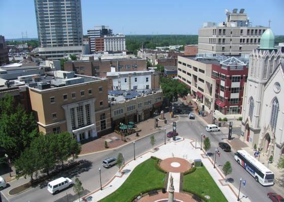 361068ab114981d68ee9_New_Brunswick-Downtown.JPG