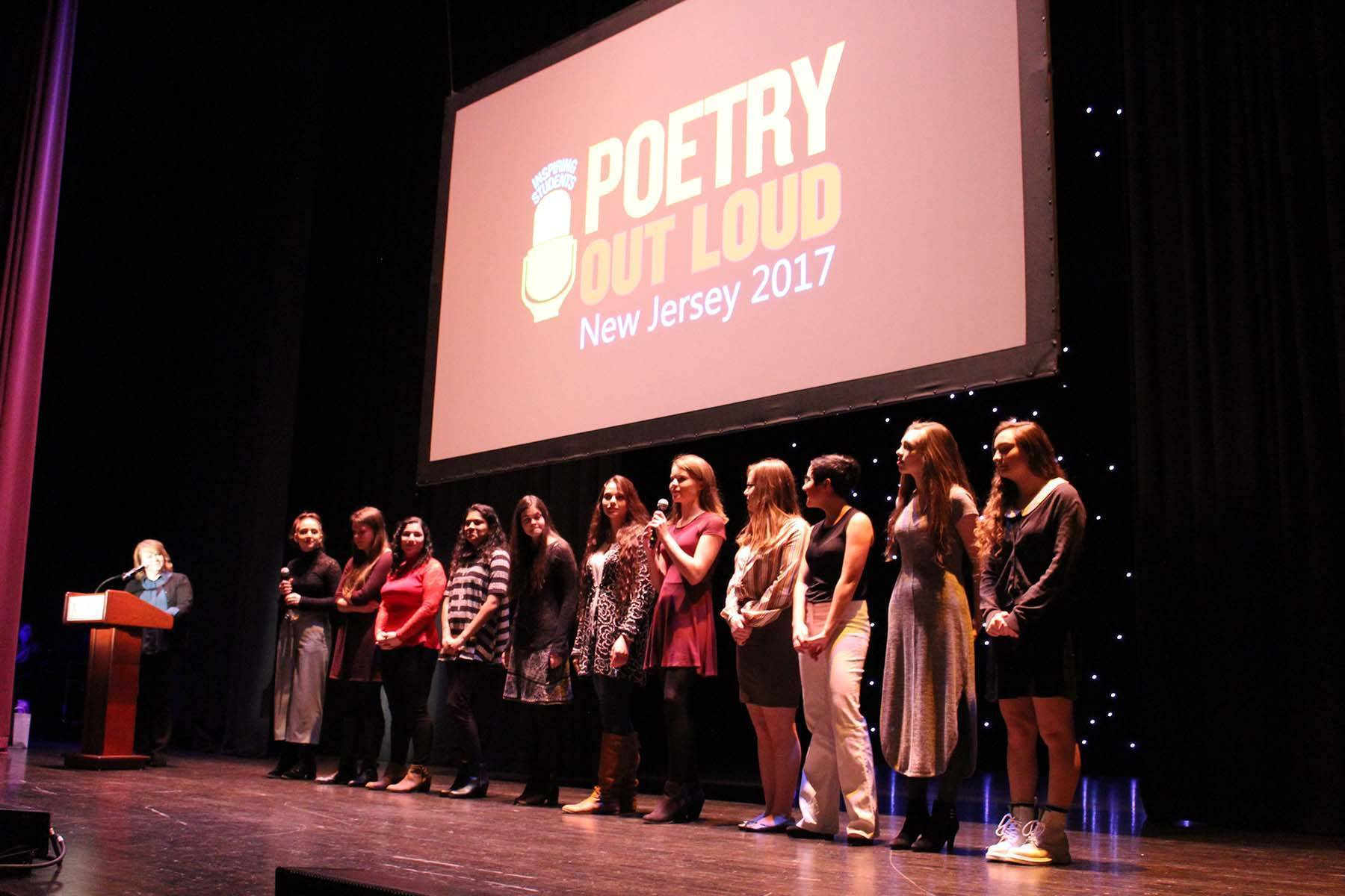 3c8debb4e141cca5261e_04d06b0354824230da42_PoetryOutLoud2017_press2.jpg