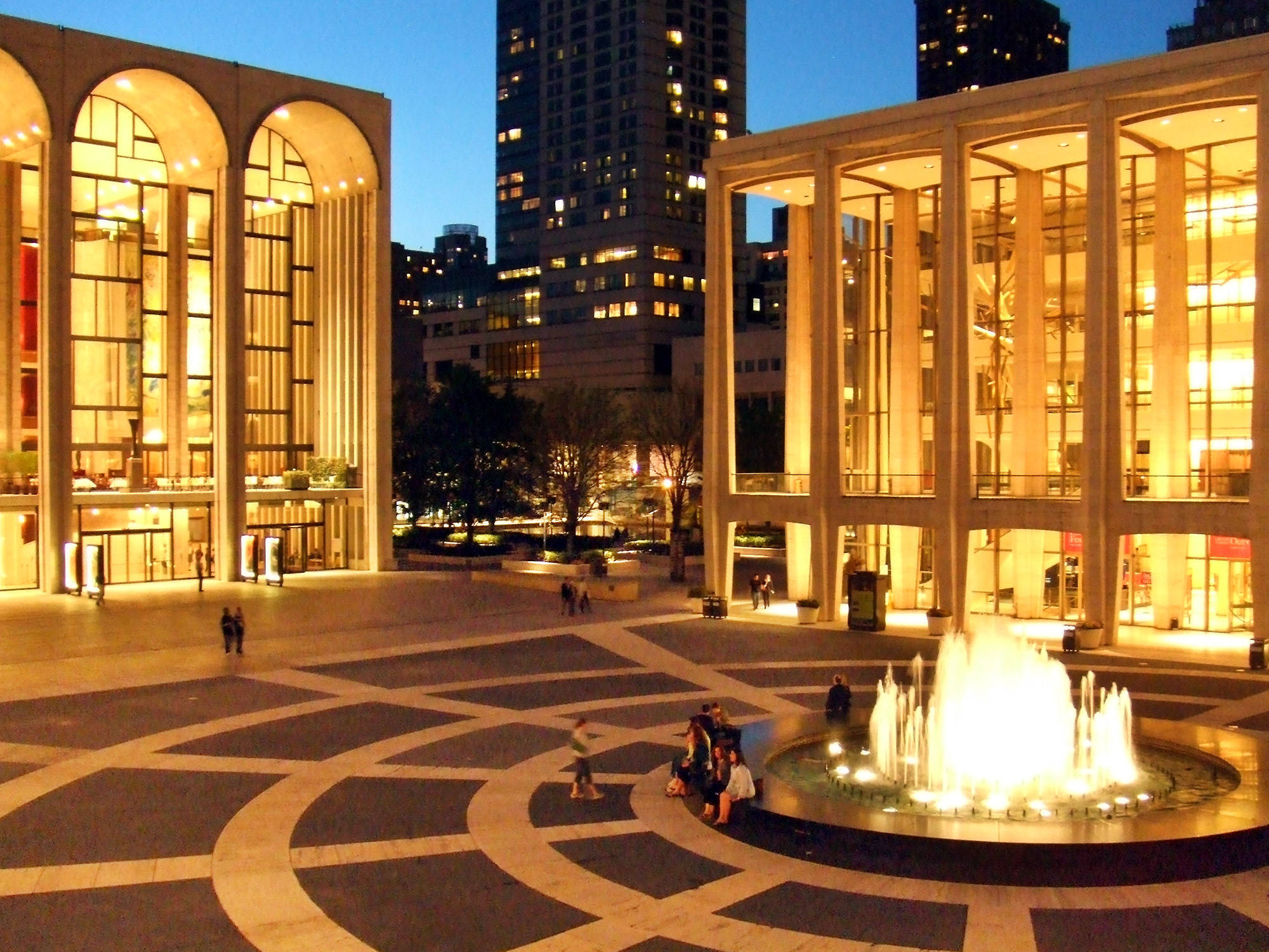 3db00e6983a5f6cccb3a_Lincoln_Center_Twilight.jpg