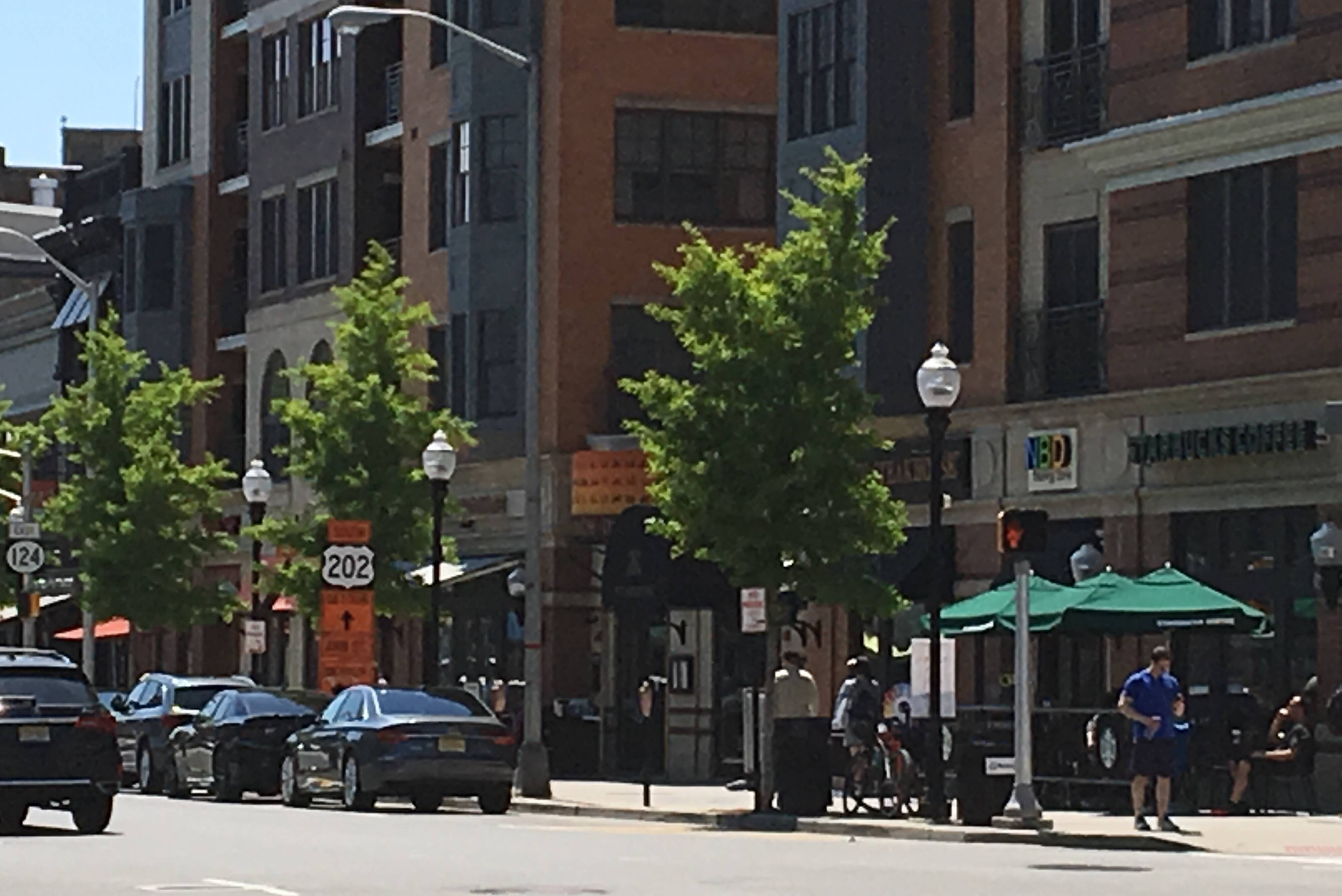 warm weather sends dining outdoors 26 morristown restaurants