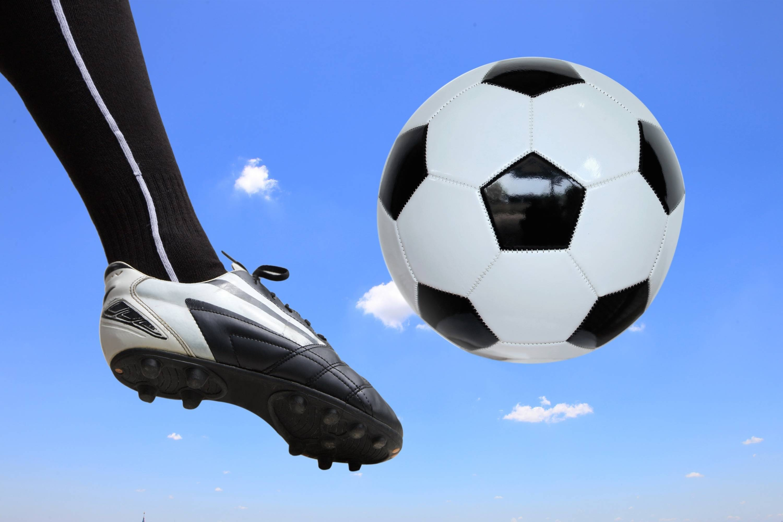 4585cdc3cdeb958f3df1_soccer_image_3.jpg