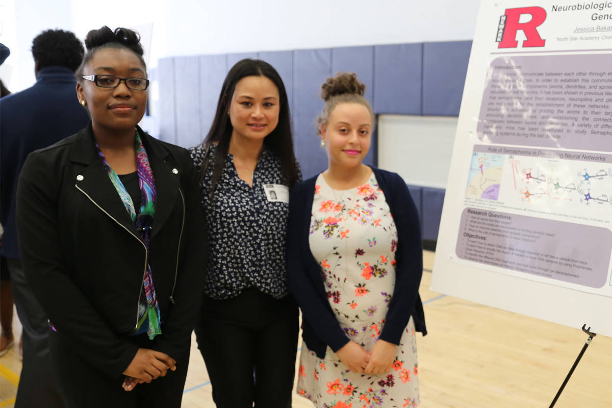 newark high school students conduct research at local universities jessica bakare and nathalie leonardo who conducted research at rutgers newark tracy tran