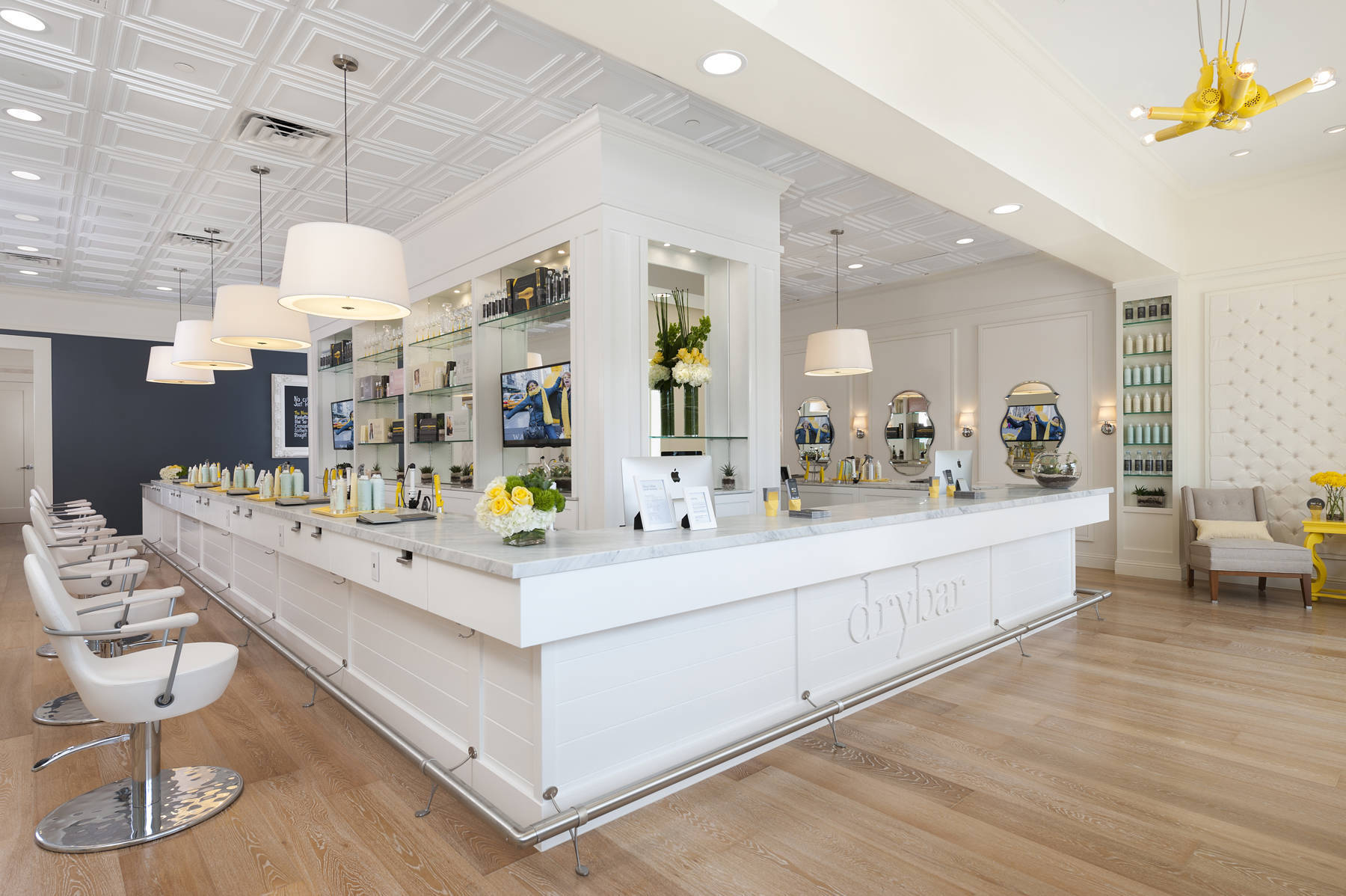Drybar Blows Into Summit Summit Nj News Tapinto