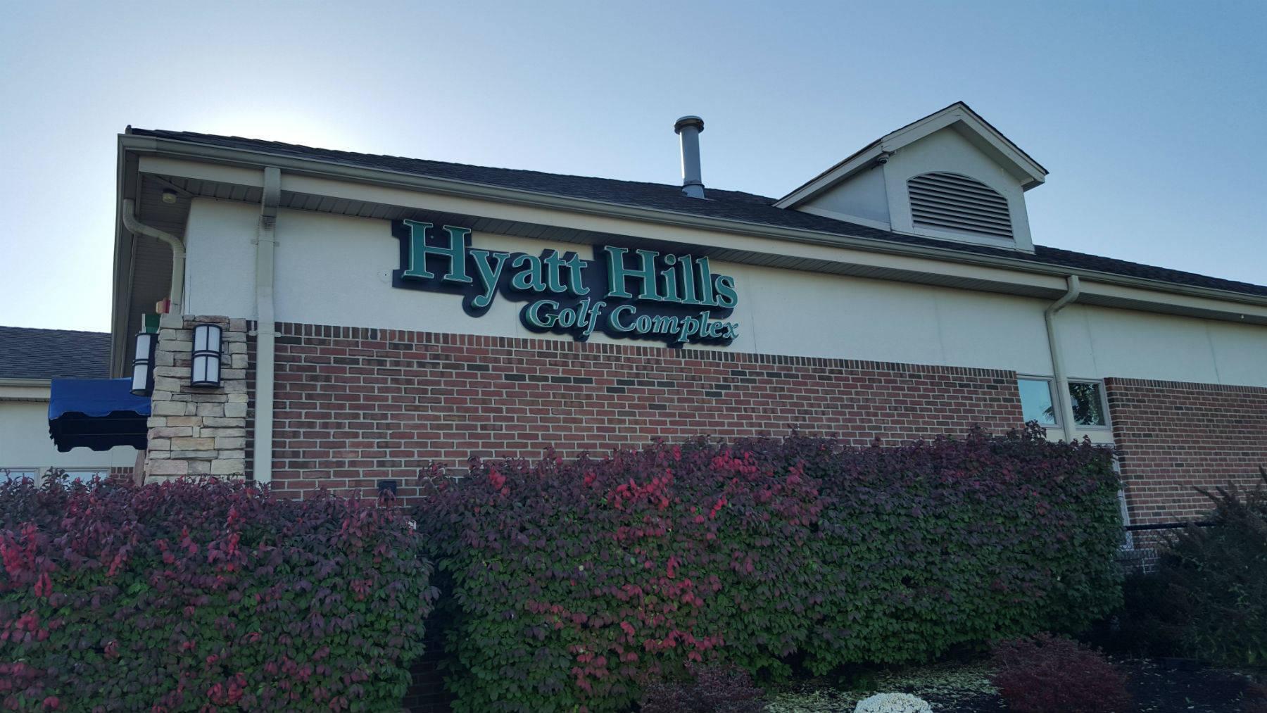 50e3ebf4d2e6d31deca7_hyatt_hills_golf.jpg