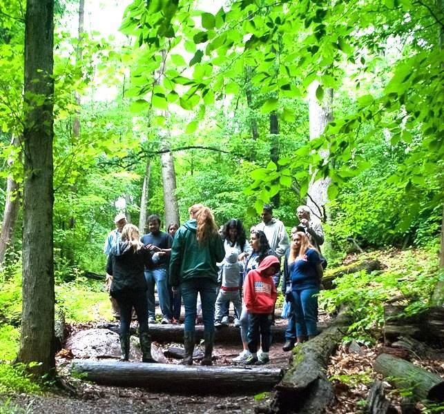 52fc62d558d796d03d97_Watchung_trails_guided_hikes.jpg