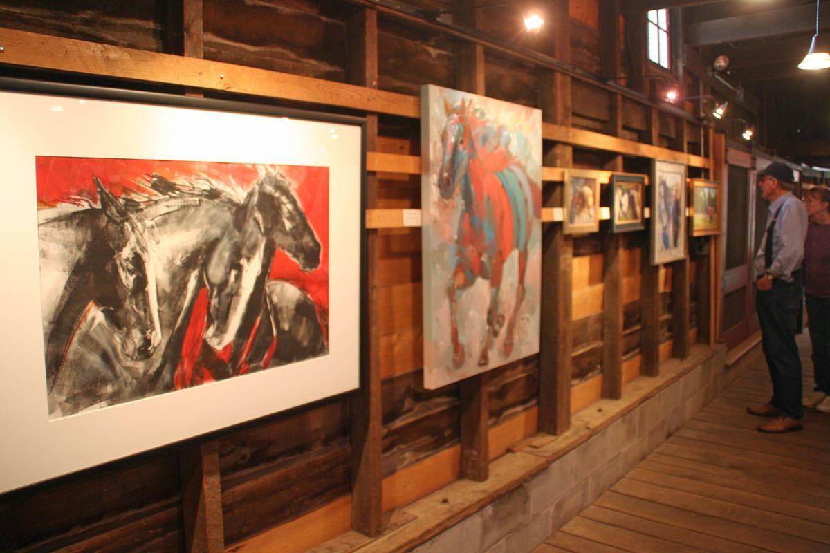 54d9c43c93fa87f4c91d_NJ_Equine_Artists_Show002.jpg