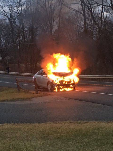 58f60475c3d4cdd53435_three_car_accident_2.jpg
