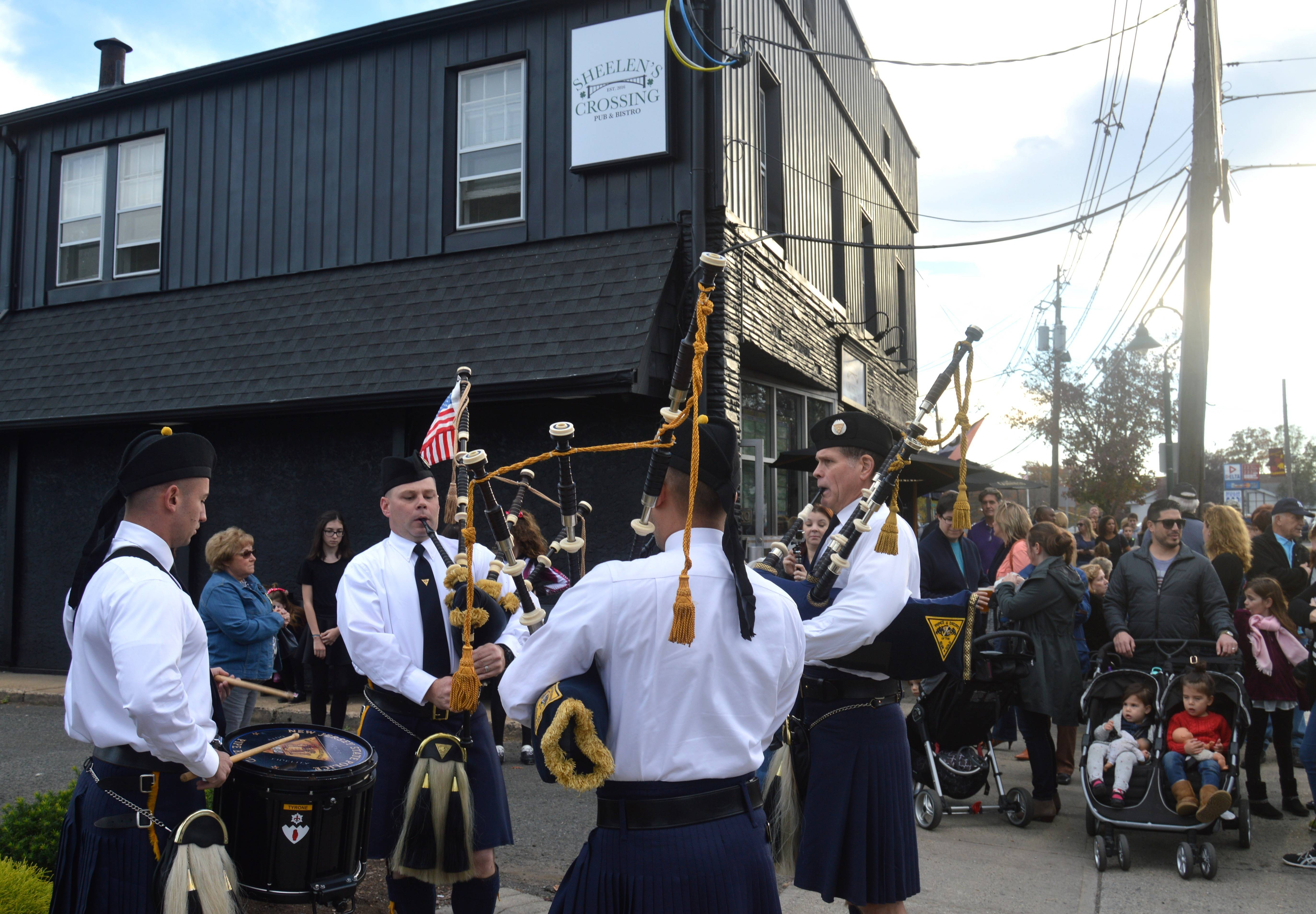 645c8c6dc042404d2123_Pipers.JPG