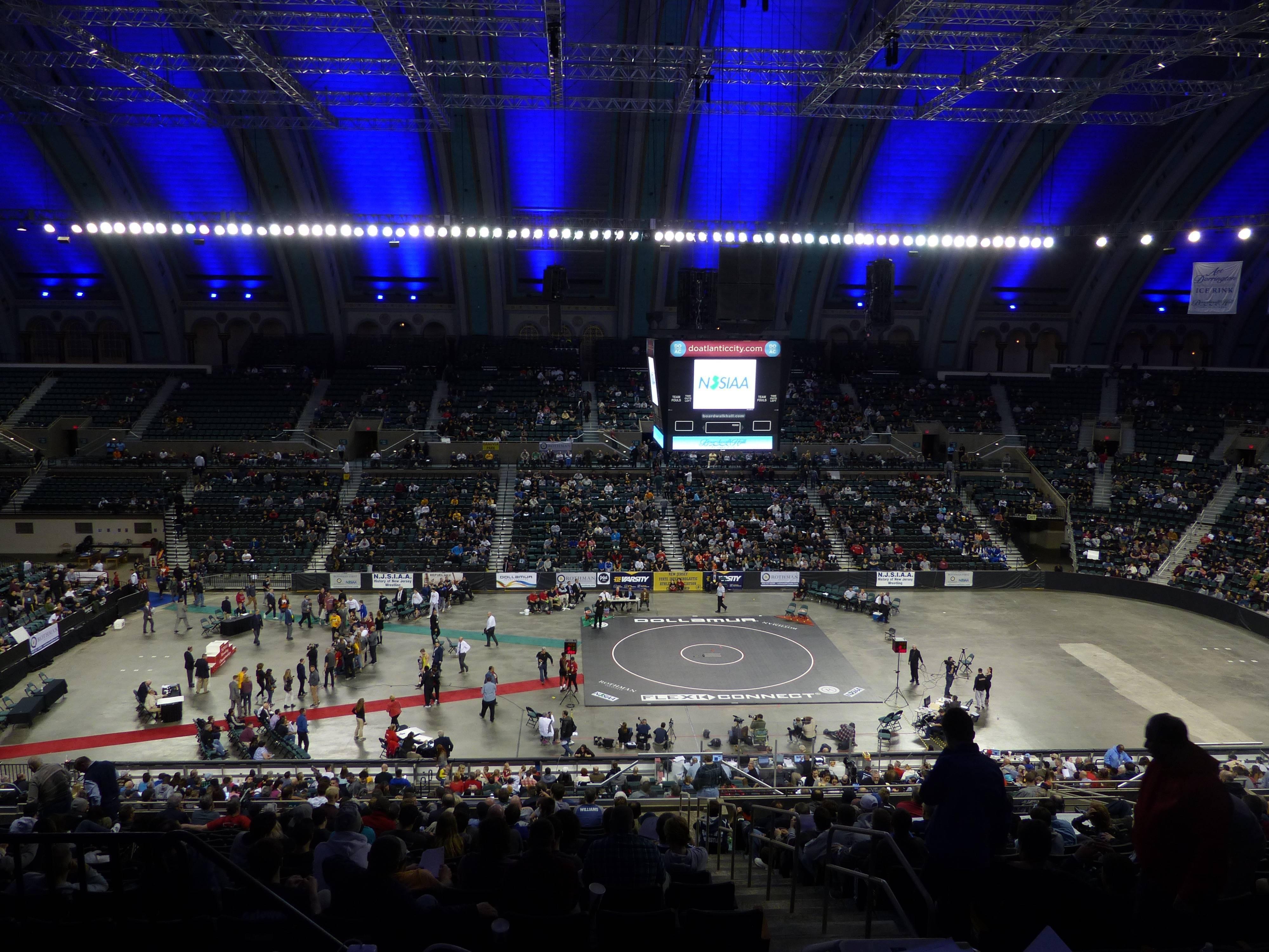 647e2c92138484996abb_b7541d403f579c7975cc_2017_NJSIAA_Wrestling_Championships.jpg