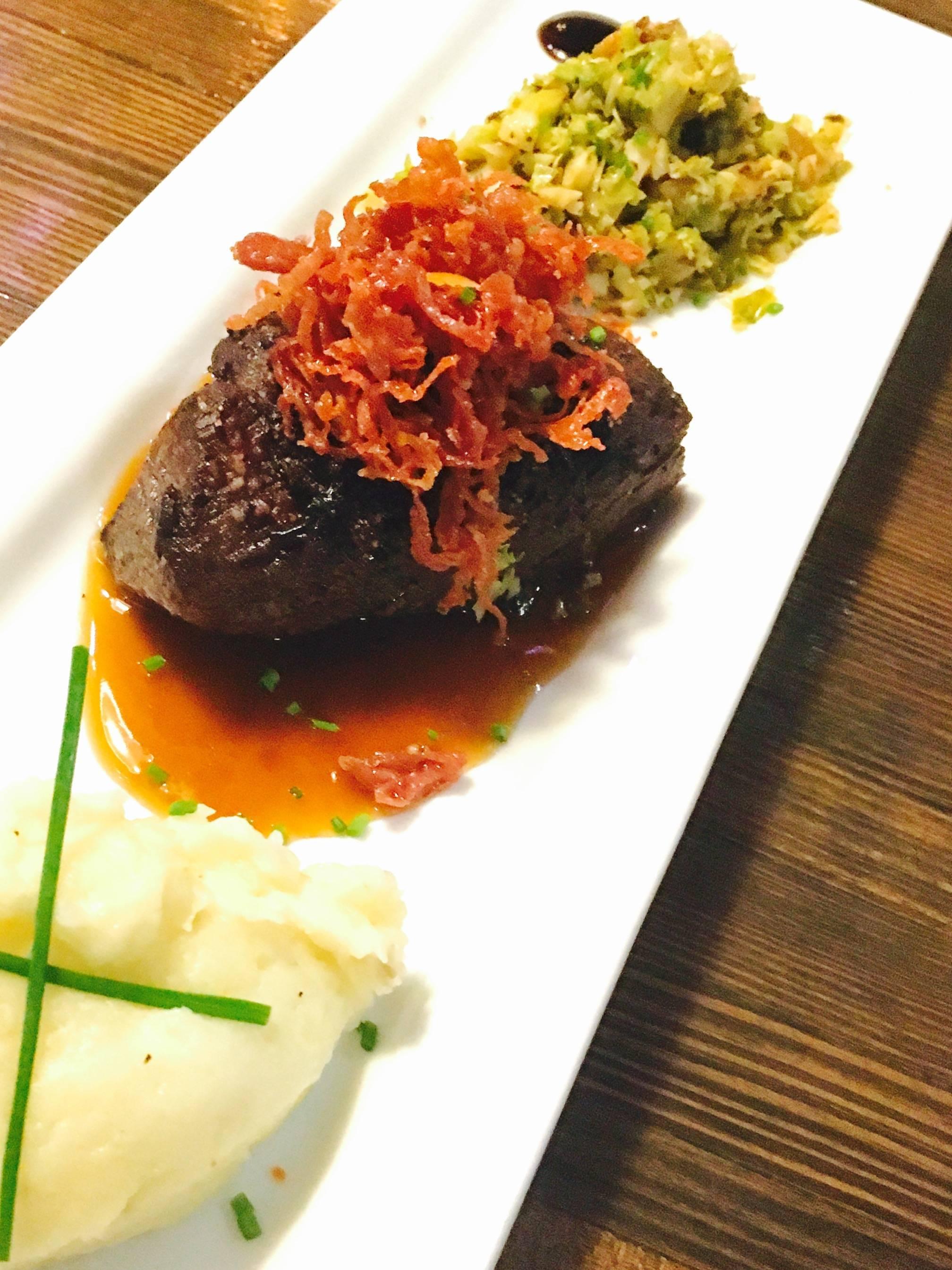 6516bc3285030088dd13_Steak.jpg