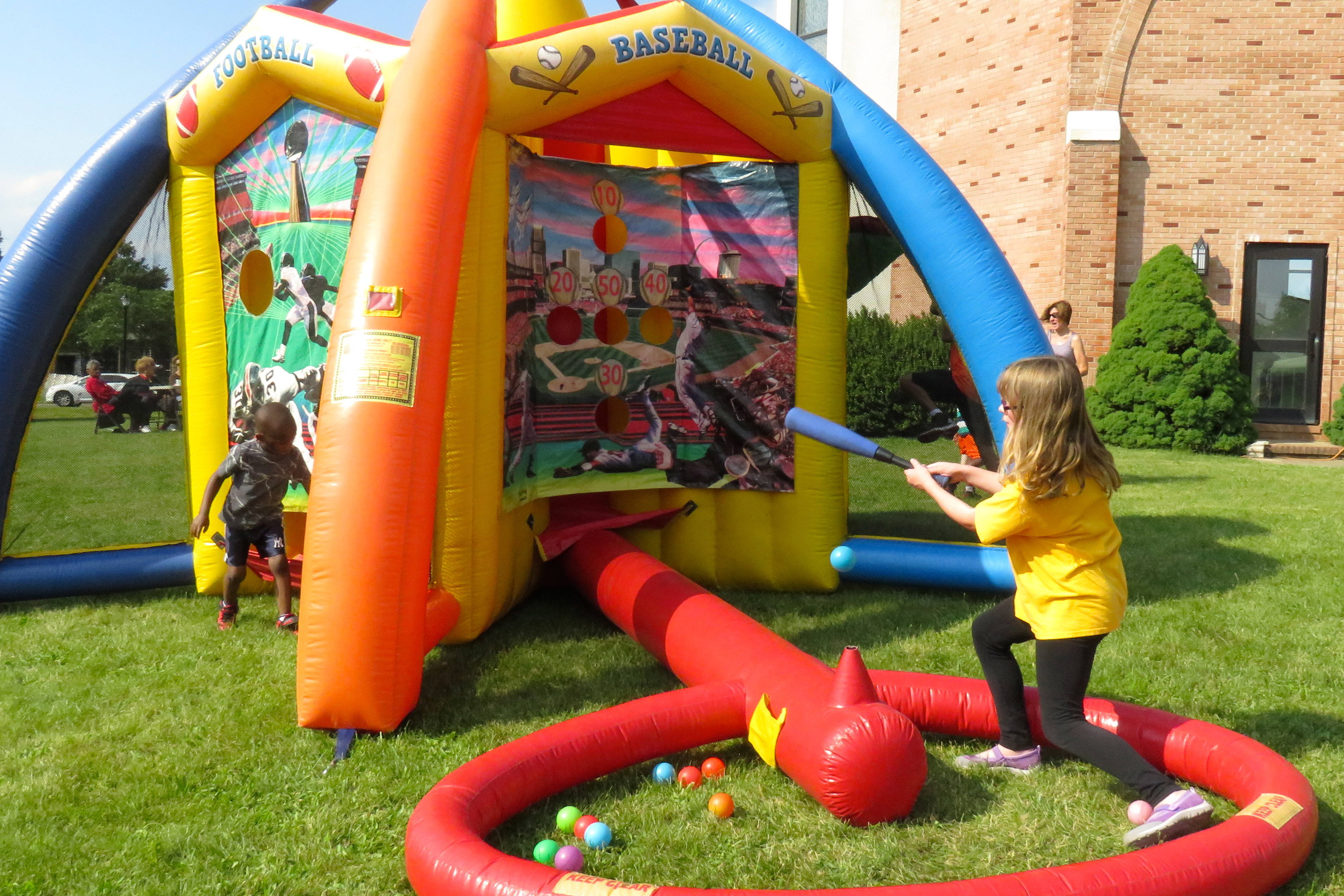 679e6fd409ed89d61680_Community_Fun_Day_Sports_Arena-3x2.JPG