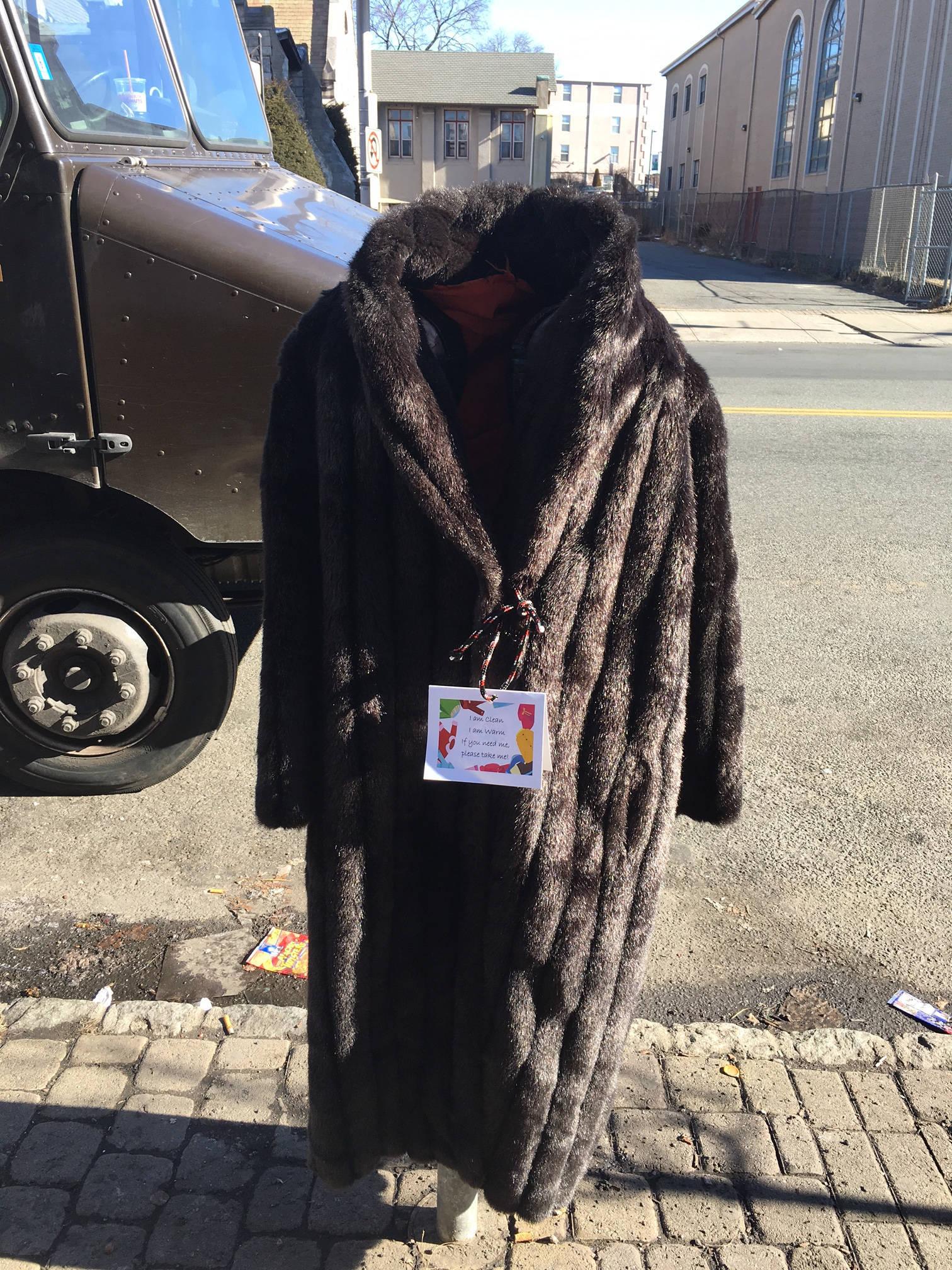 6ab0bf69d7f366a4907e_coat_giveaway_5.jpg