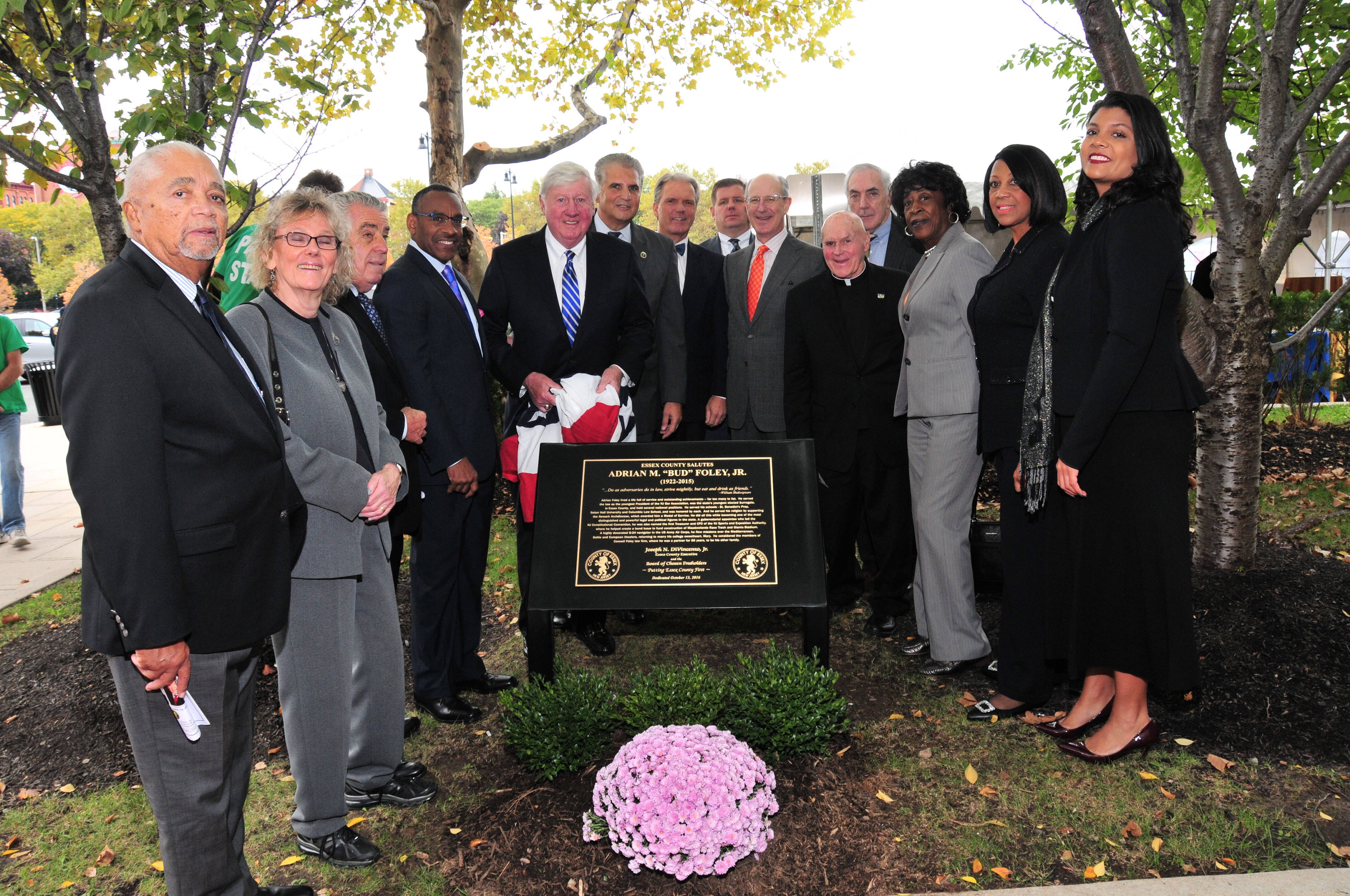 70a8834dbec5087b689c_foley_plaque_dedication.JPG