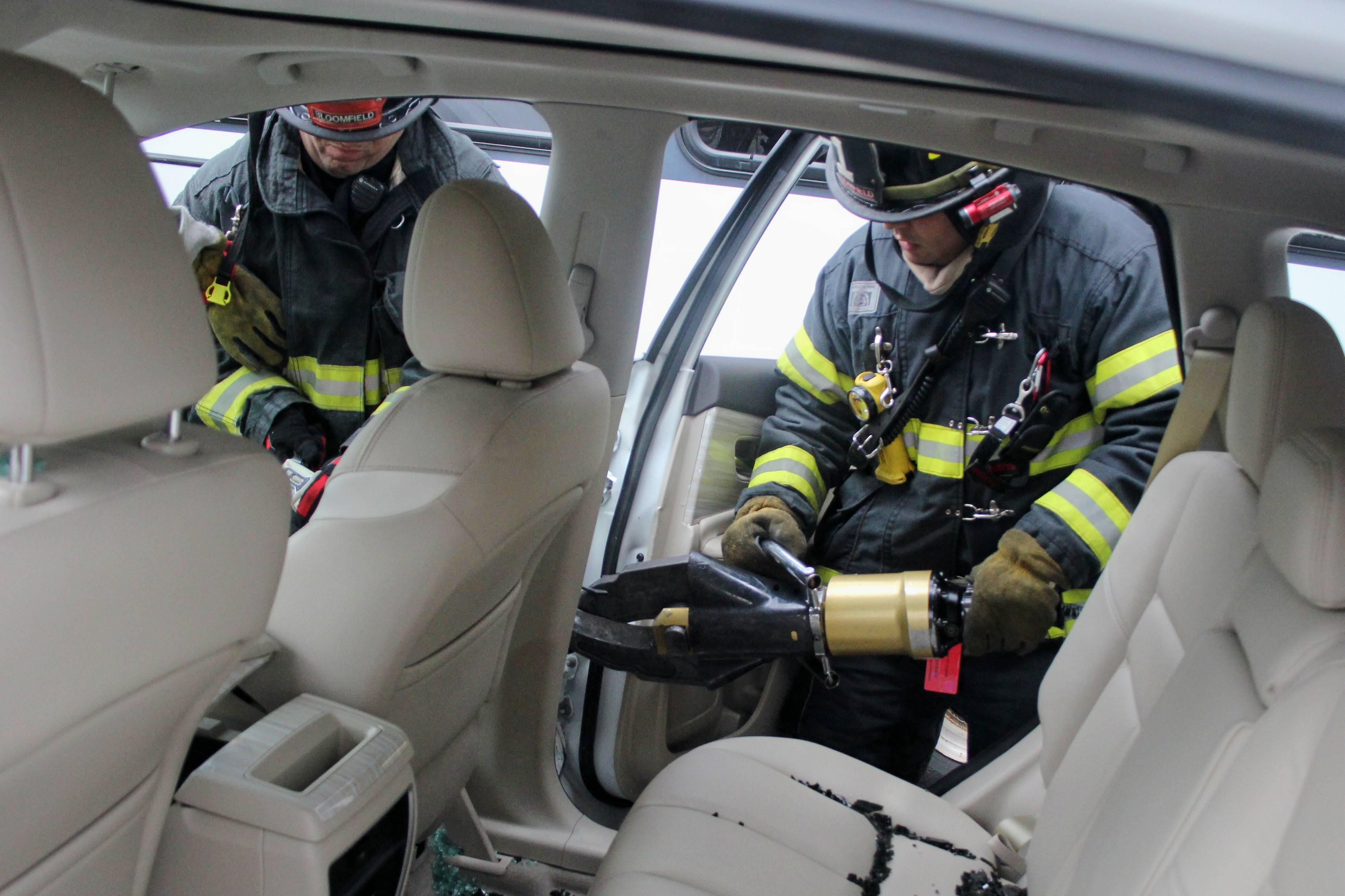 71a09fc0c3fd9ac51189_Nissan_Murano_Bloomfield_Fire_Department_Training_038.jpg