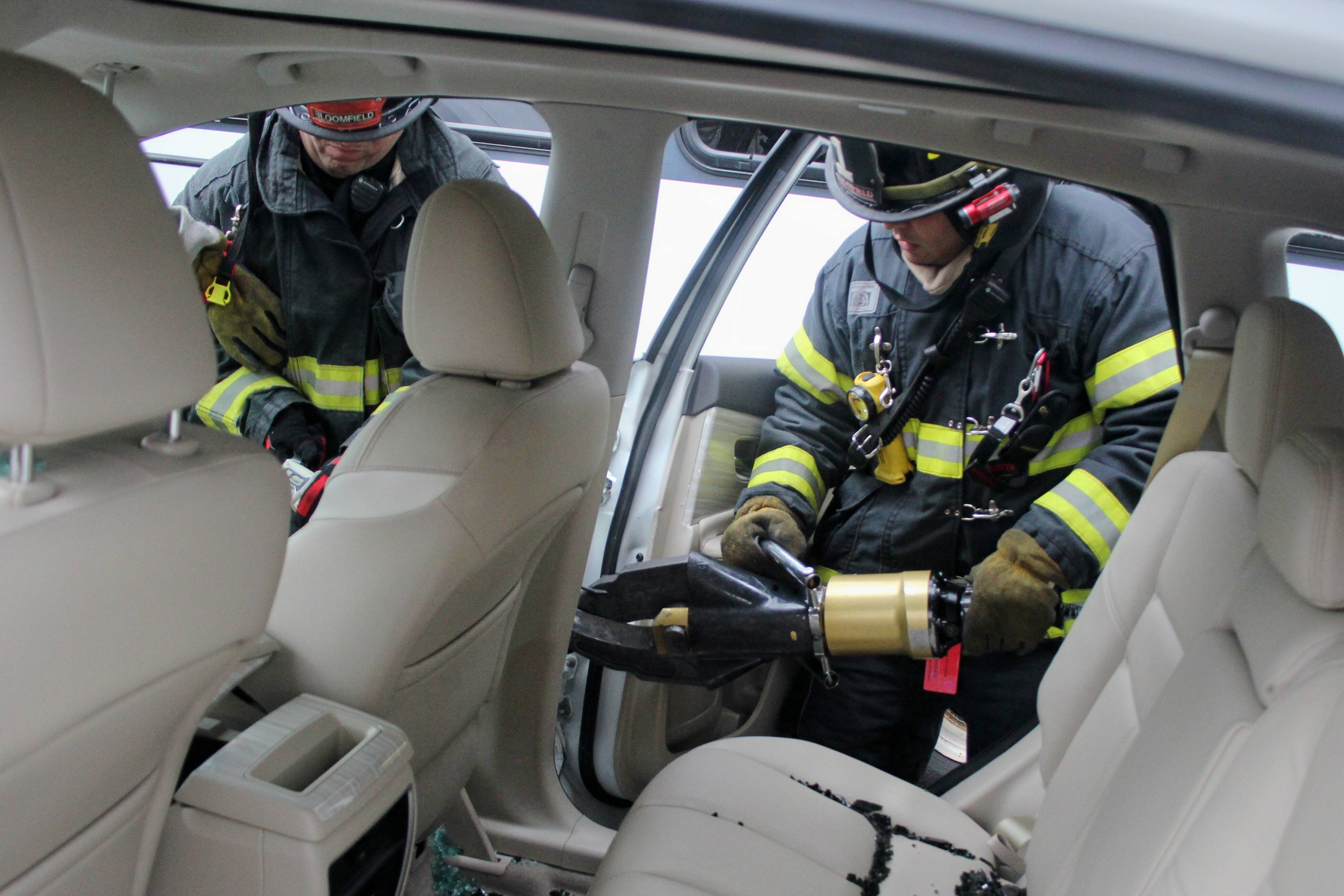 71a09fc0c3fd9ac51189_Nissan_Murano_Bloomfield_Fire_Department_Training_038.jpg