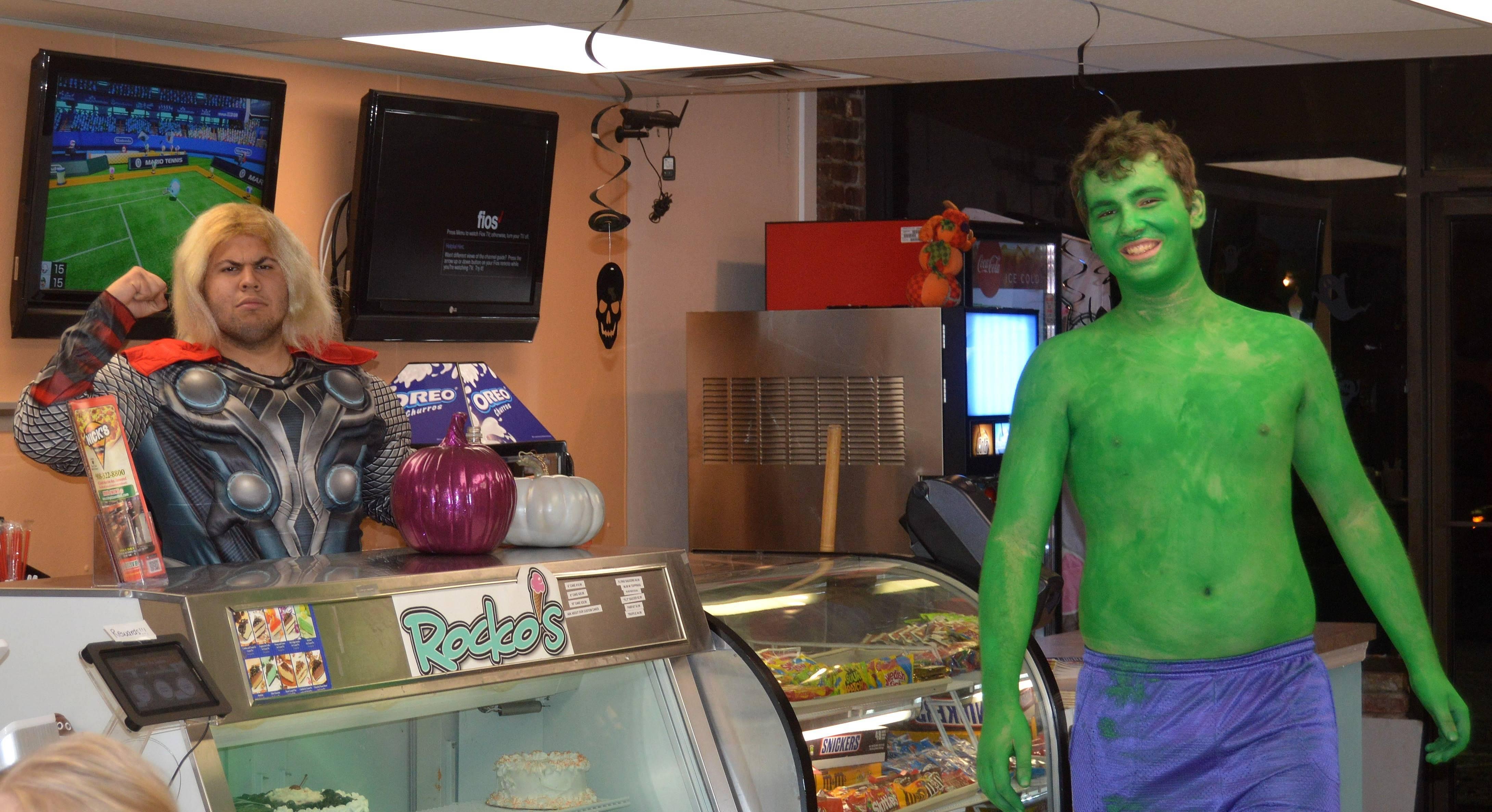 73e057bef63f7863873b_Nicks_-_Thor_and_Hulk.JPG