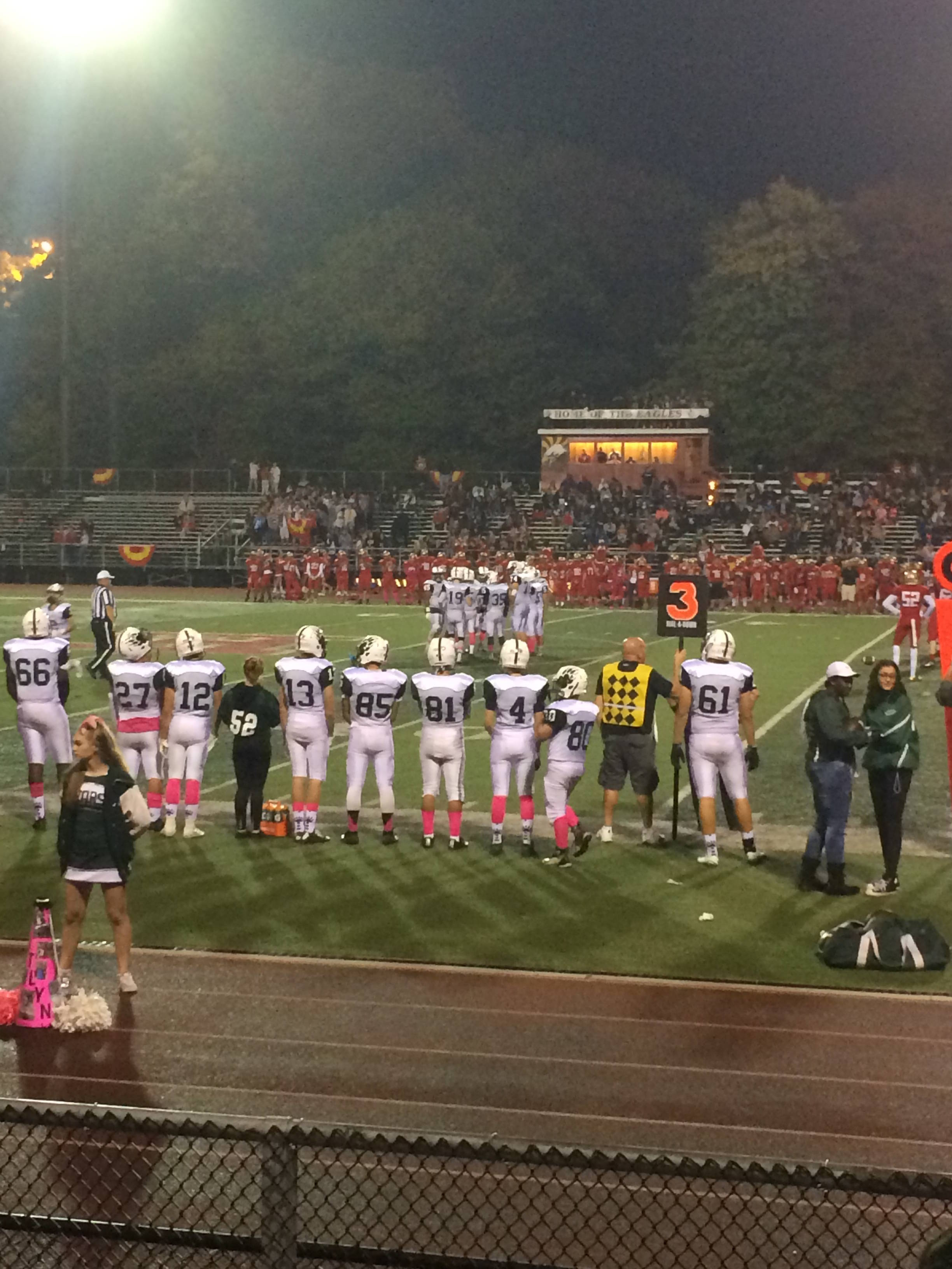768a8e4e79a7bafb9489_Football_vs_Edison.JPG