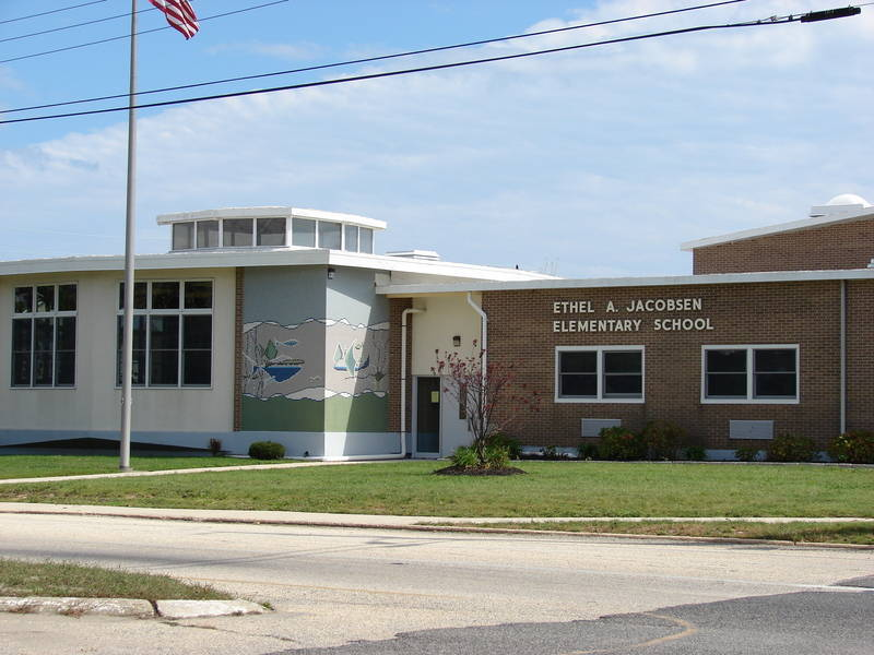 7ea126f9f7d4af9acd38_Ethel-Jacobsen-School.jpg