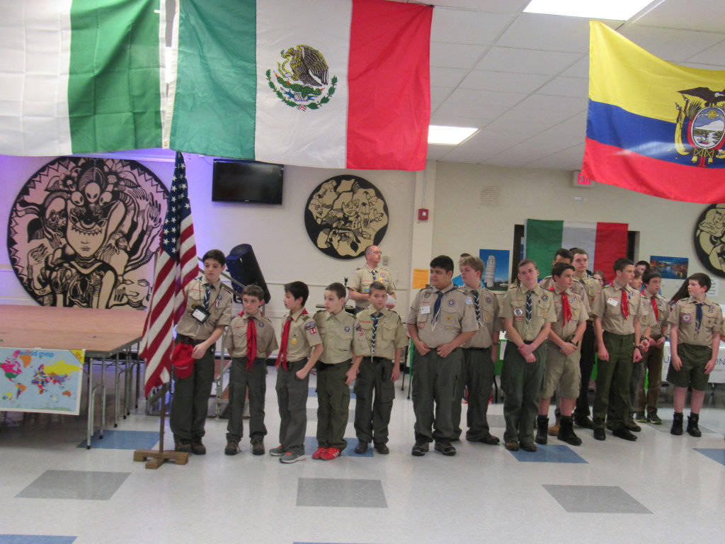 7efe81415e9212496e56_Boy_Scouts_Pledge_of_Allegiance.JPG