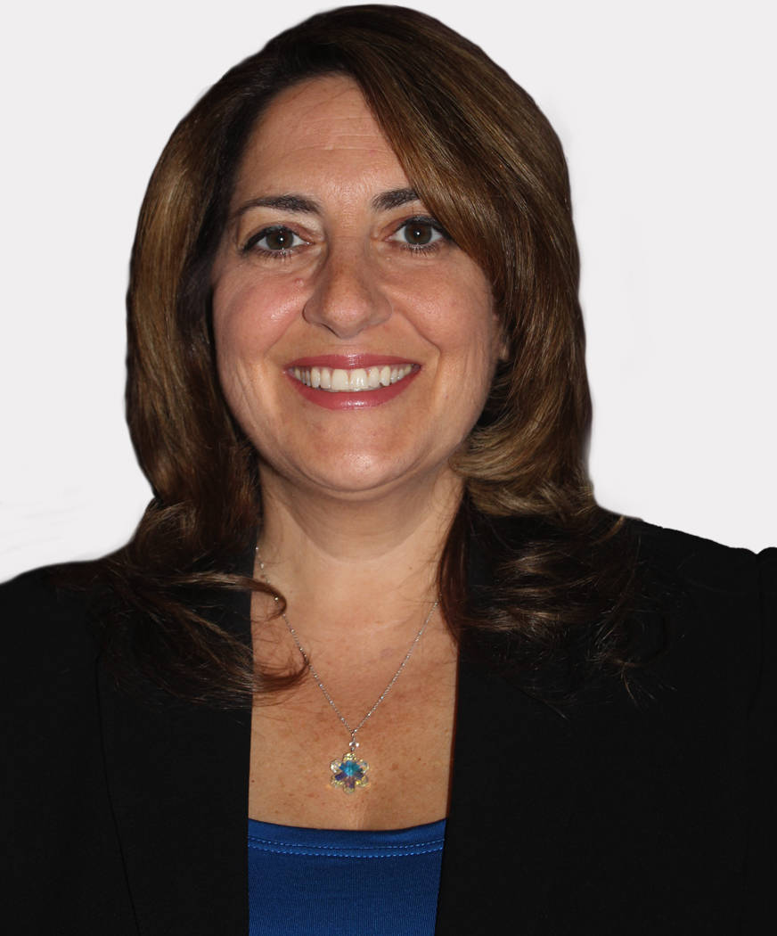Houlihan Lawrence Welcomes Gina Nuccetelli Yorktown Ny