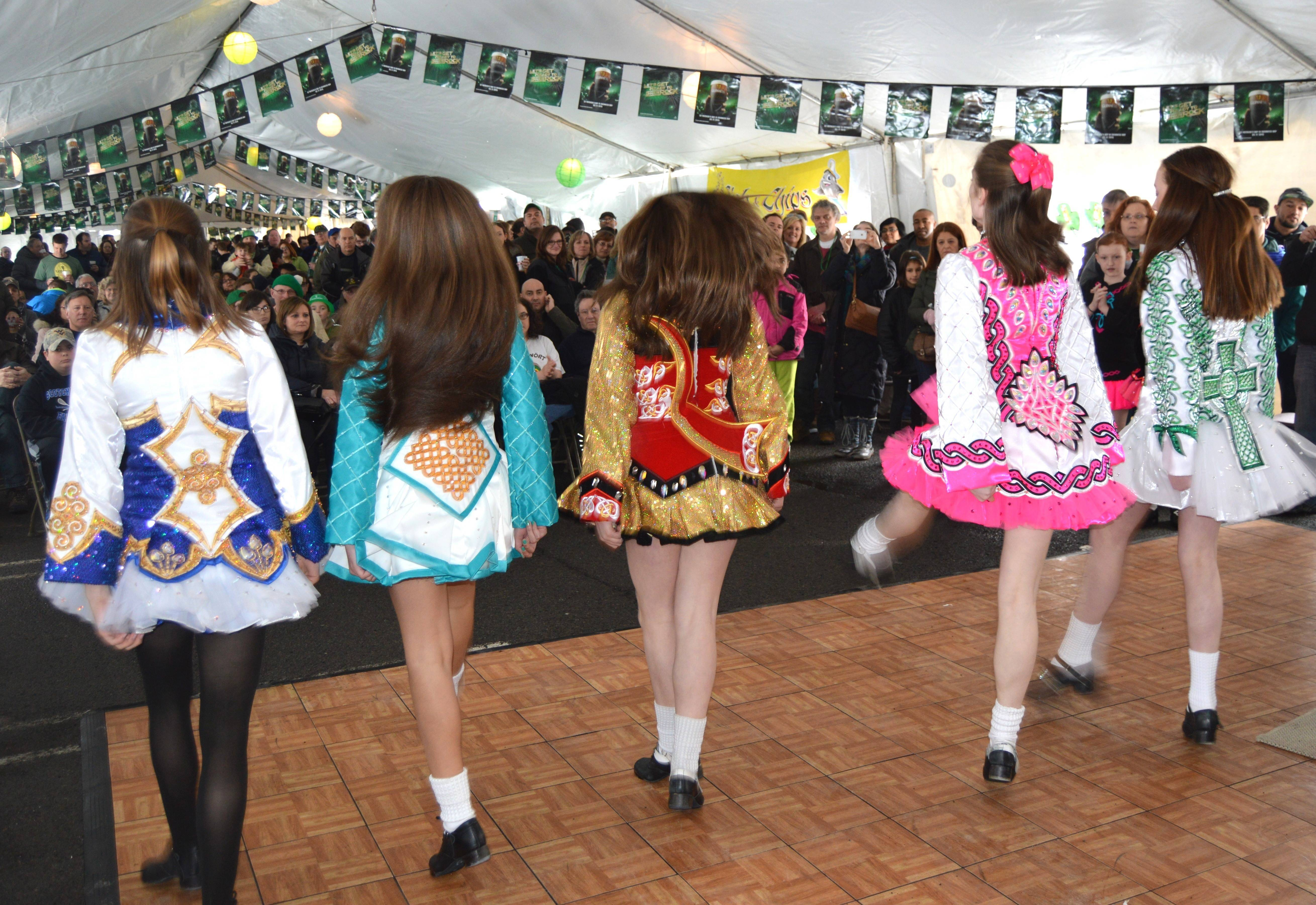 8497ac3c5d2e91aa9239_Shea_Jennings_Irish_dancers.JPG
