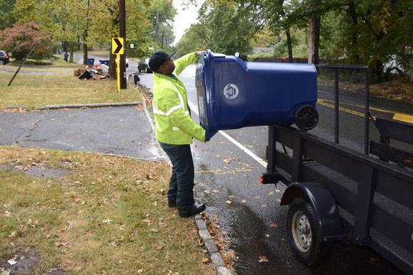 85a1c8db95e408300400_Curbside_Recycling_Bins.jpg