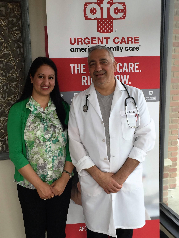 8a6a1511ba271cf2a613_Seema_and_Dr._Gupta.JPG