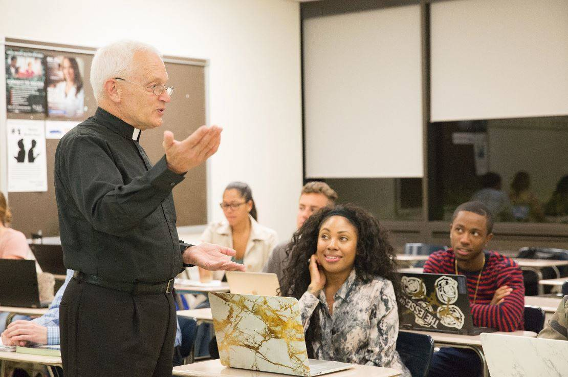 8b30eb40b908267ed4c2_Seton_Hall_Religion_and_Communications_Oct_2017.JPG