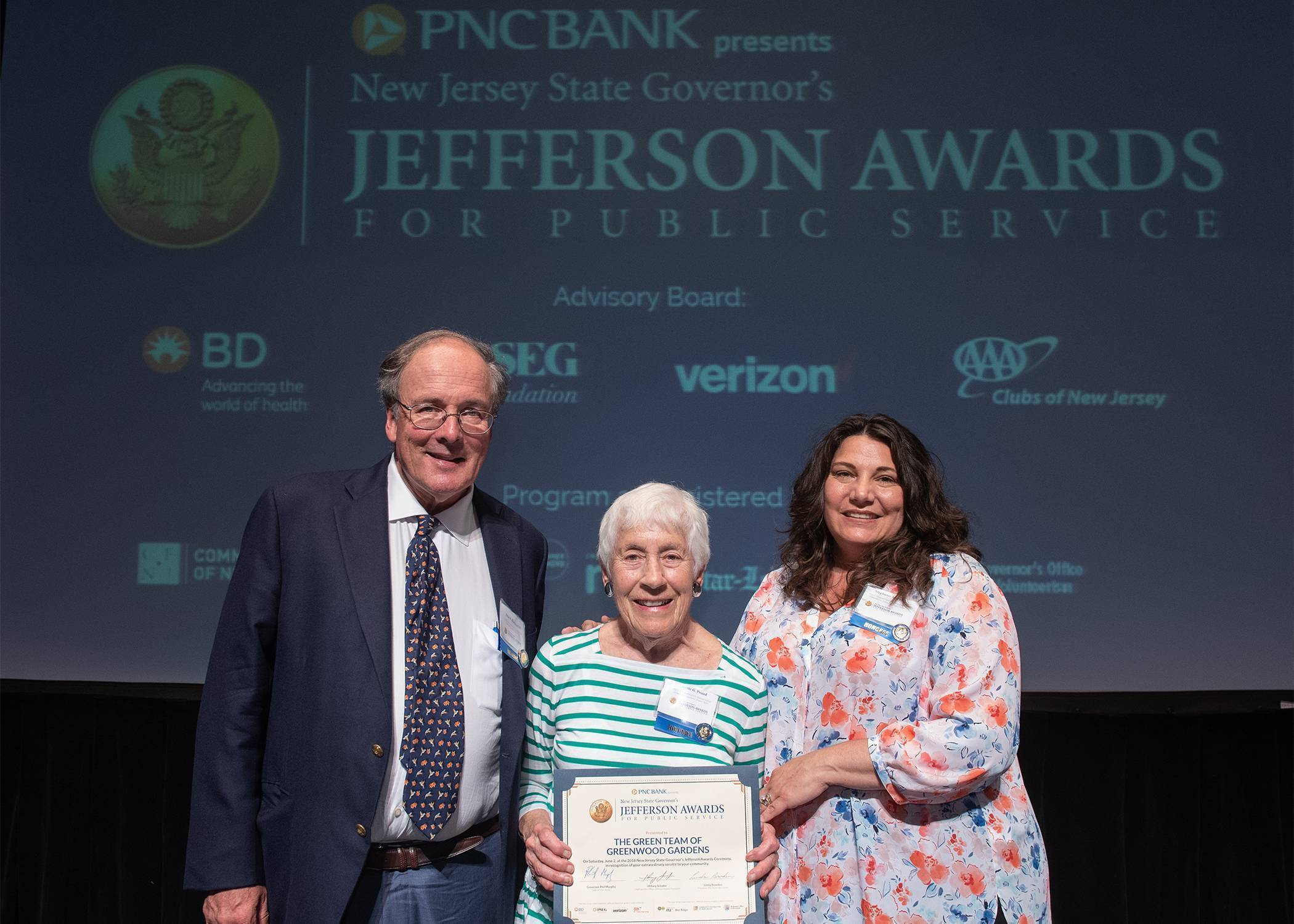 Short Hills Greenwood Gardens 39 Green Team Honored With Jefferson Award For Public Service News