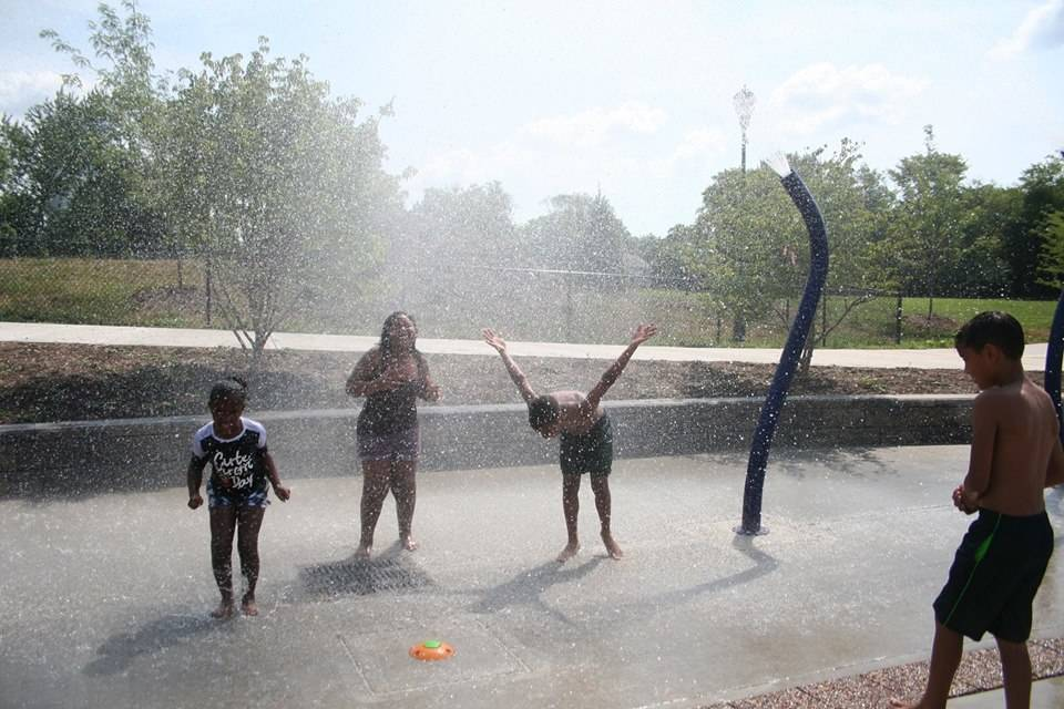 8fd7562ebdb05e0c4fde_recreation_park_water_spray.jpg