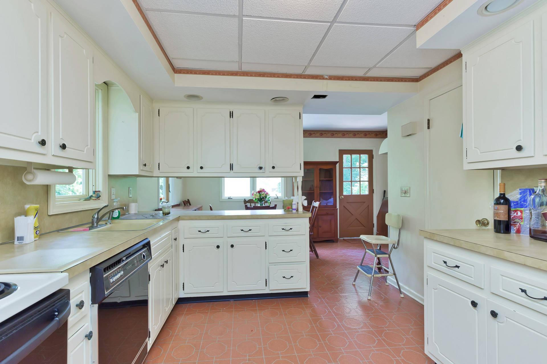 Kitchen cabinets summit nj - 012 240608 Img_8373_5337798 Jpg