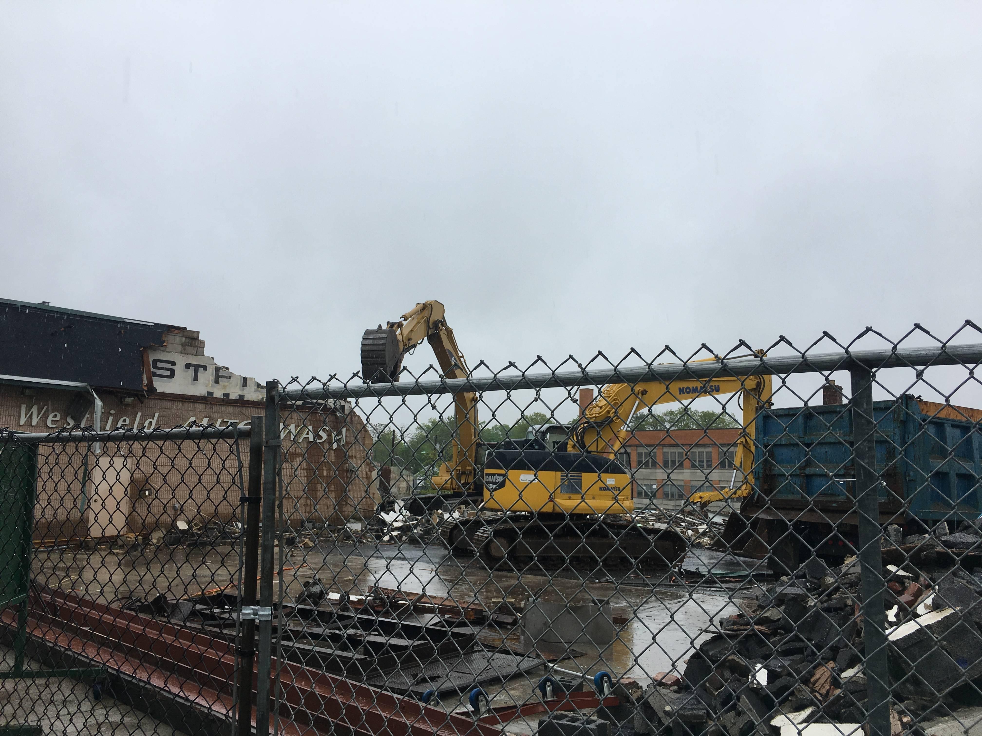 Westfield Auto Wash Demolished to Construct New Apartment plex