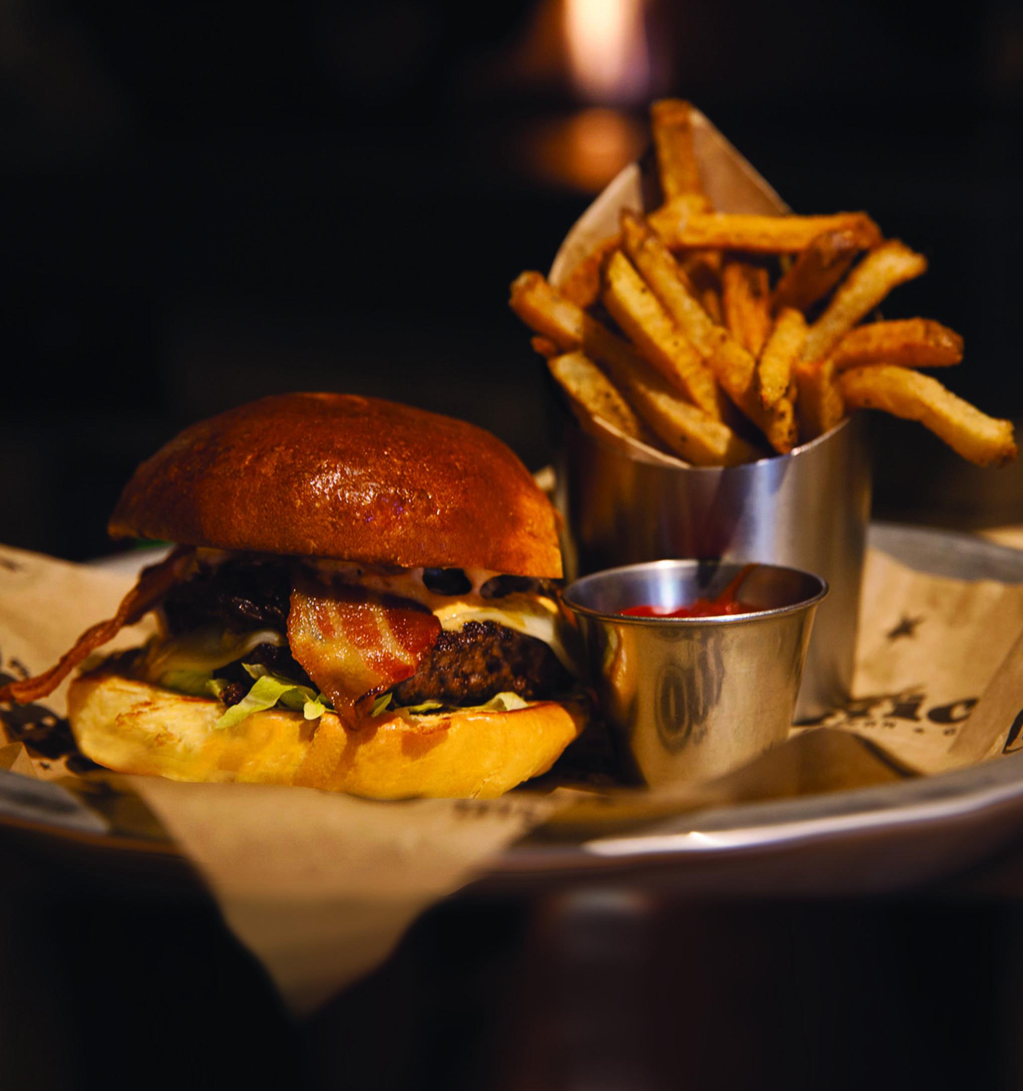 918335466fb7c0b0e8eb_OTG-Burger.jpg